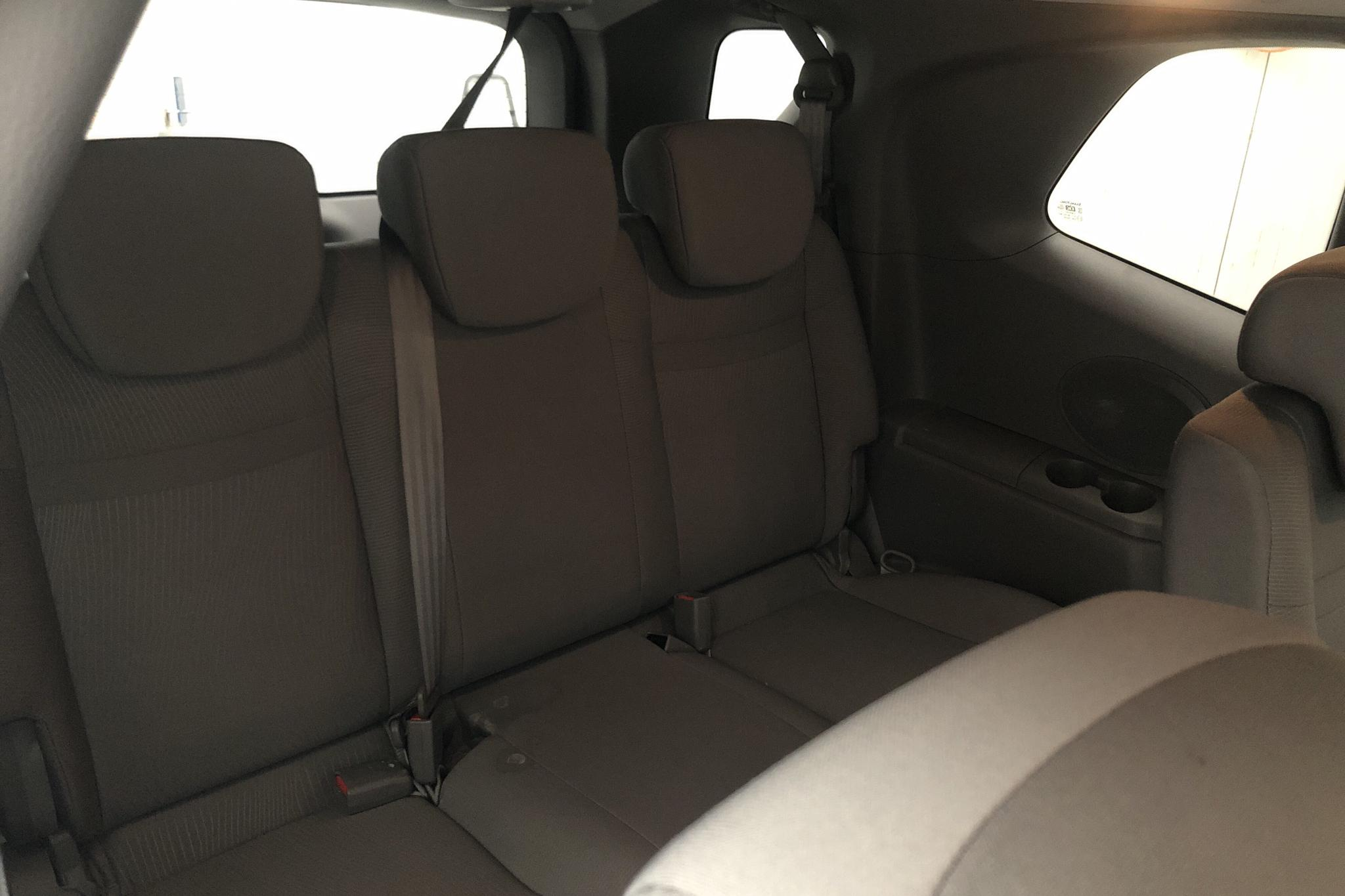 SsangYong Rodius 2.0 e-XDi 4WD (155hk) - 46 550 km - Automatic - silver - 2013