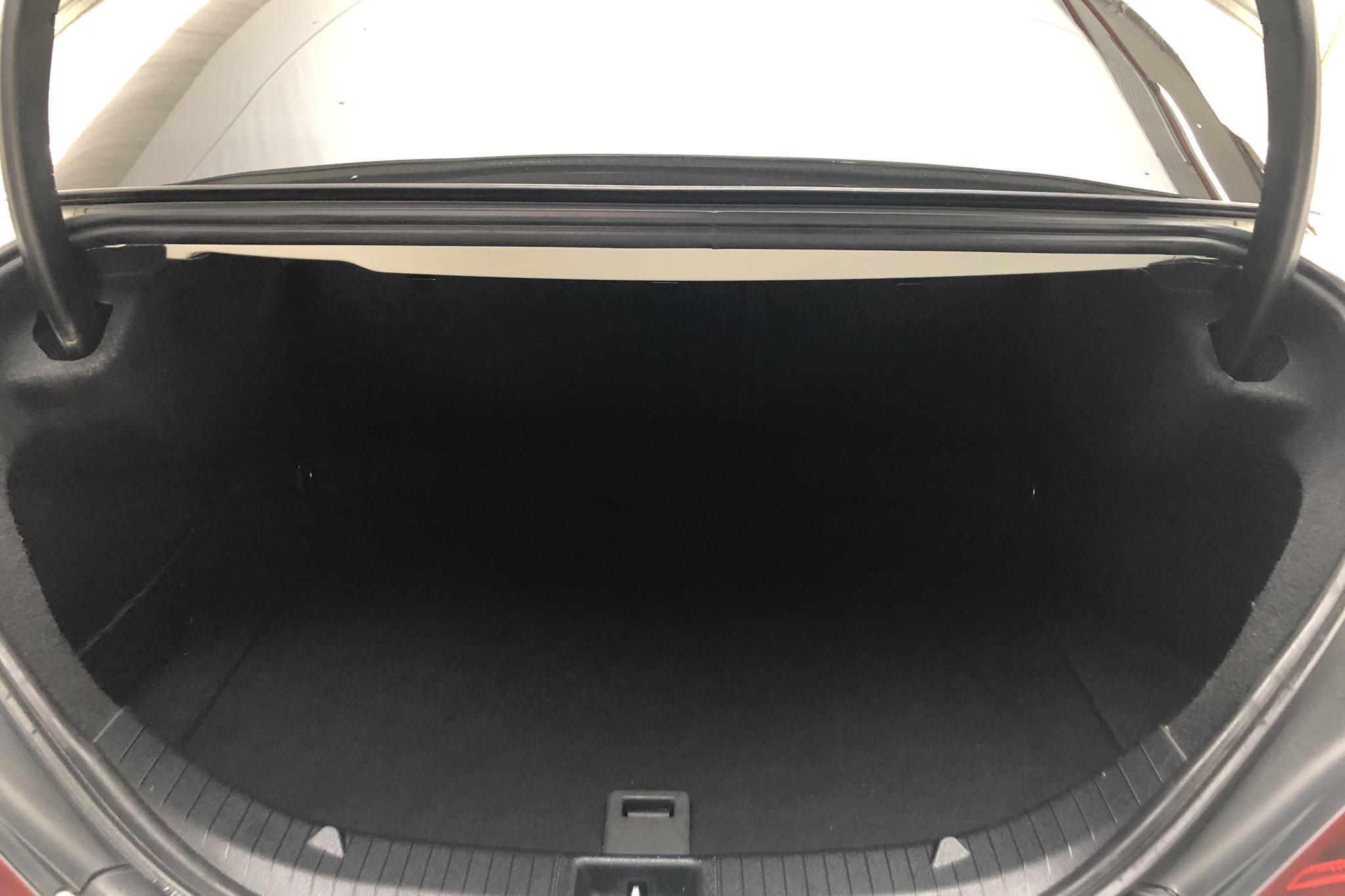 Mercedes CLA 200 d 4MATIC Coupé C117 (136hk) - 8 466 mil - Automat - vit - 2016