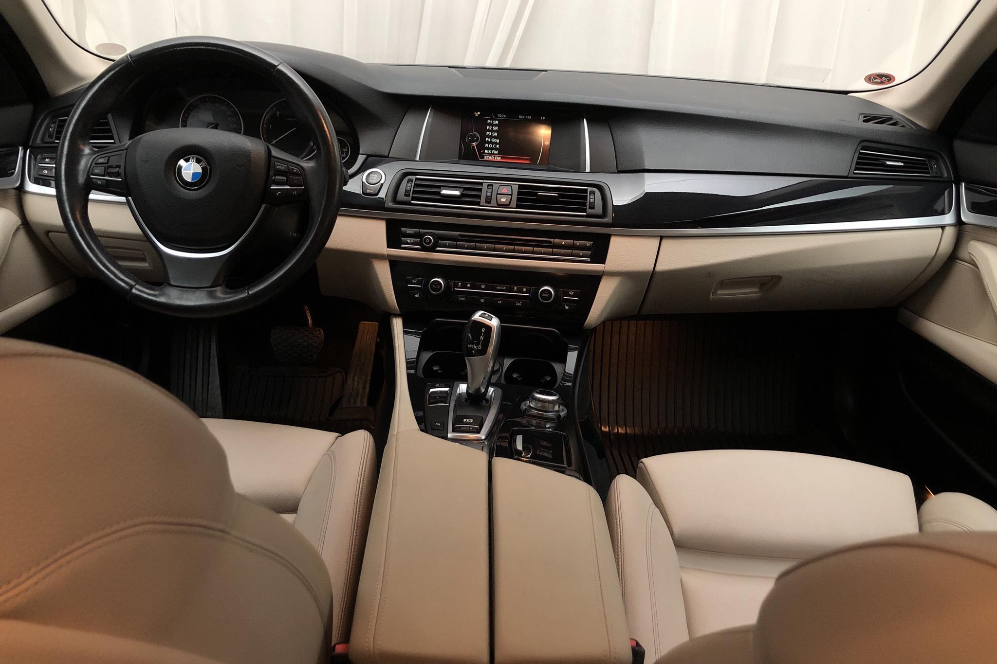 BMW 520d Touring, F11 (190hk) - 16 796 mil - Automat - svart - 2016
