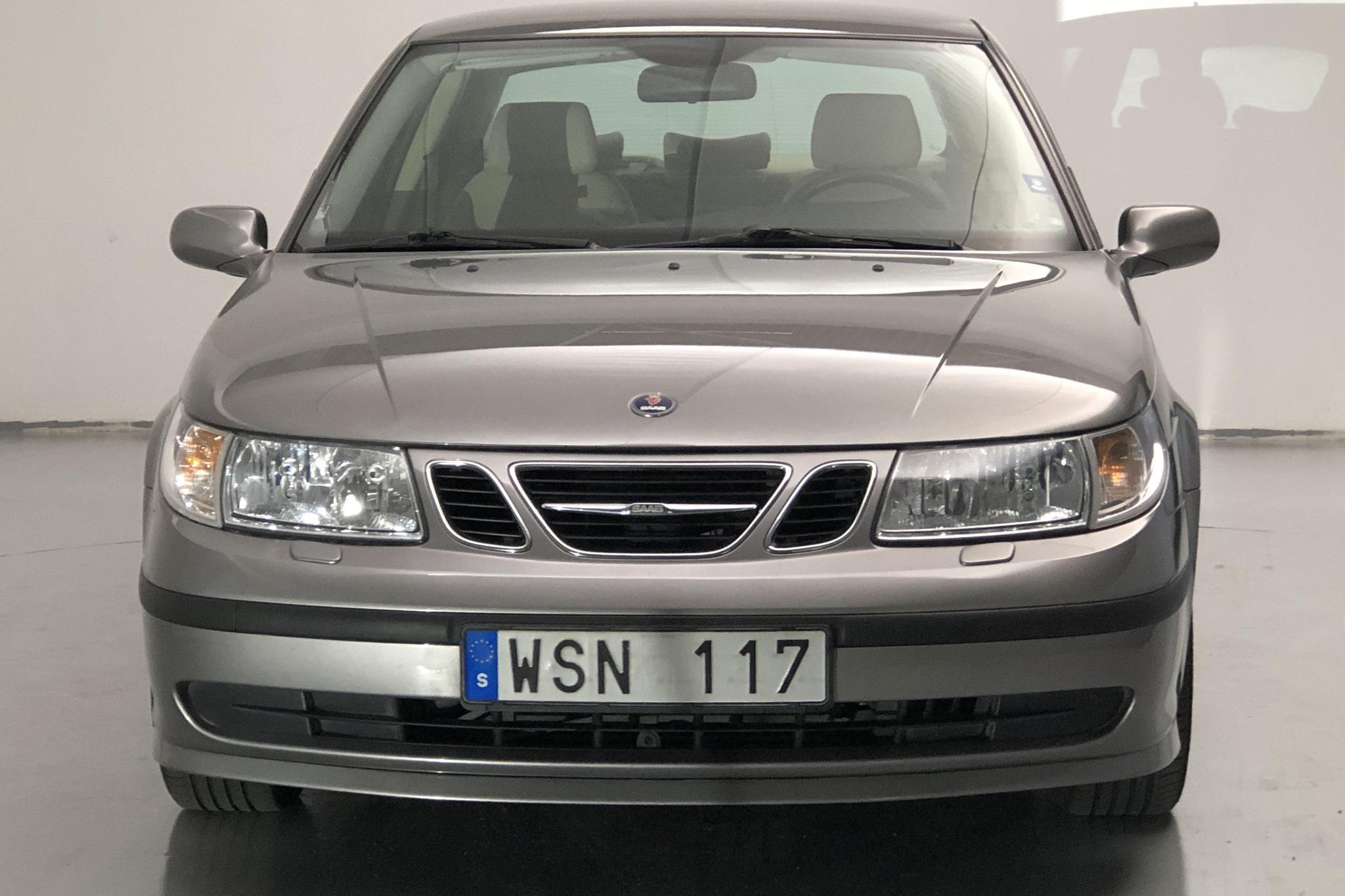 Saab 9-5 2.0t SportSedan (150hk) - 95 380 km - Manual - Light Grey - 2005
