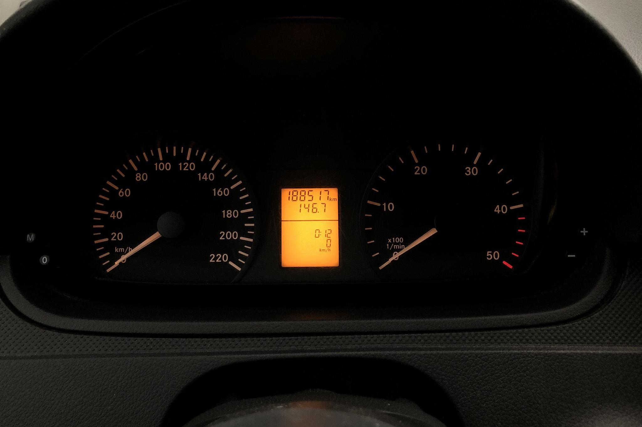 Mercedes Vito 113 CDI W639 (136hk) - 188 510 km - Automatic - white - 2012
