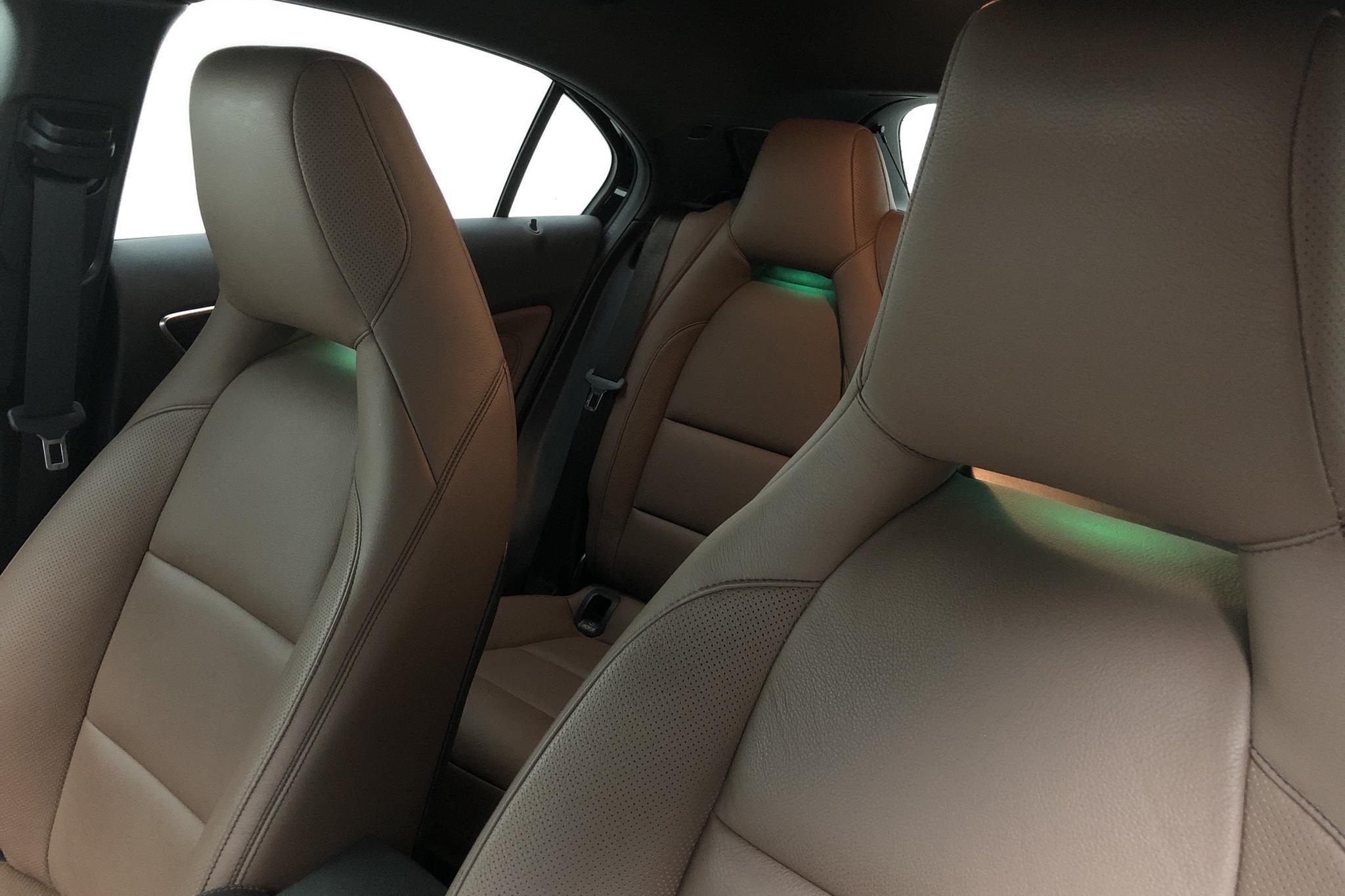 Mercedes A 220 d 5dr W176 (177hk) - 45 290 km - Automatic - black - 2018