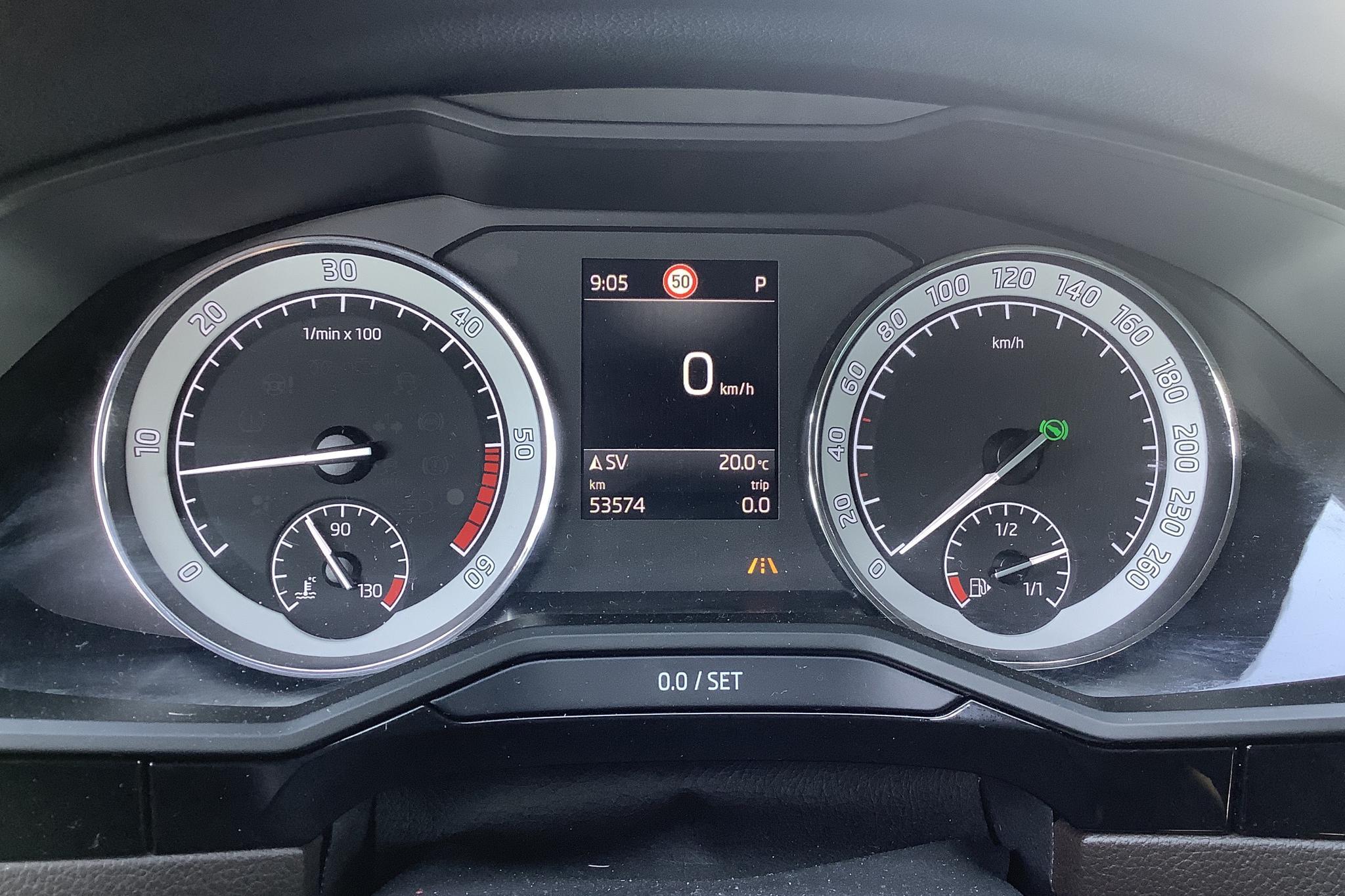 Skoda Superb 2.0 TDI 4x4 Kombi (190hk) - 5 358 mil - Automat - Light Brown - 2019
