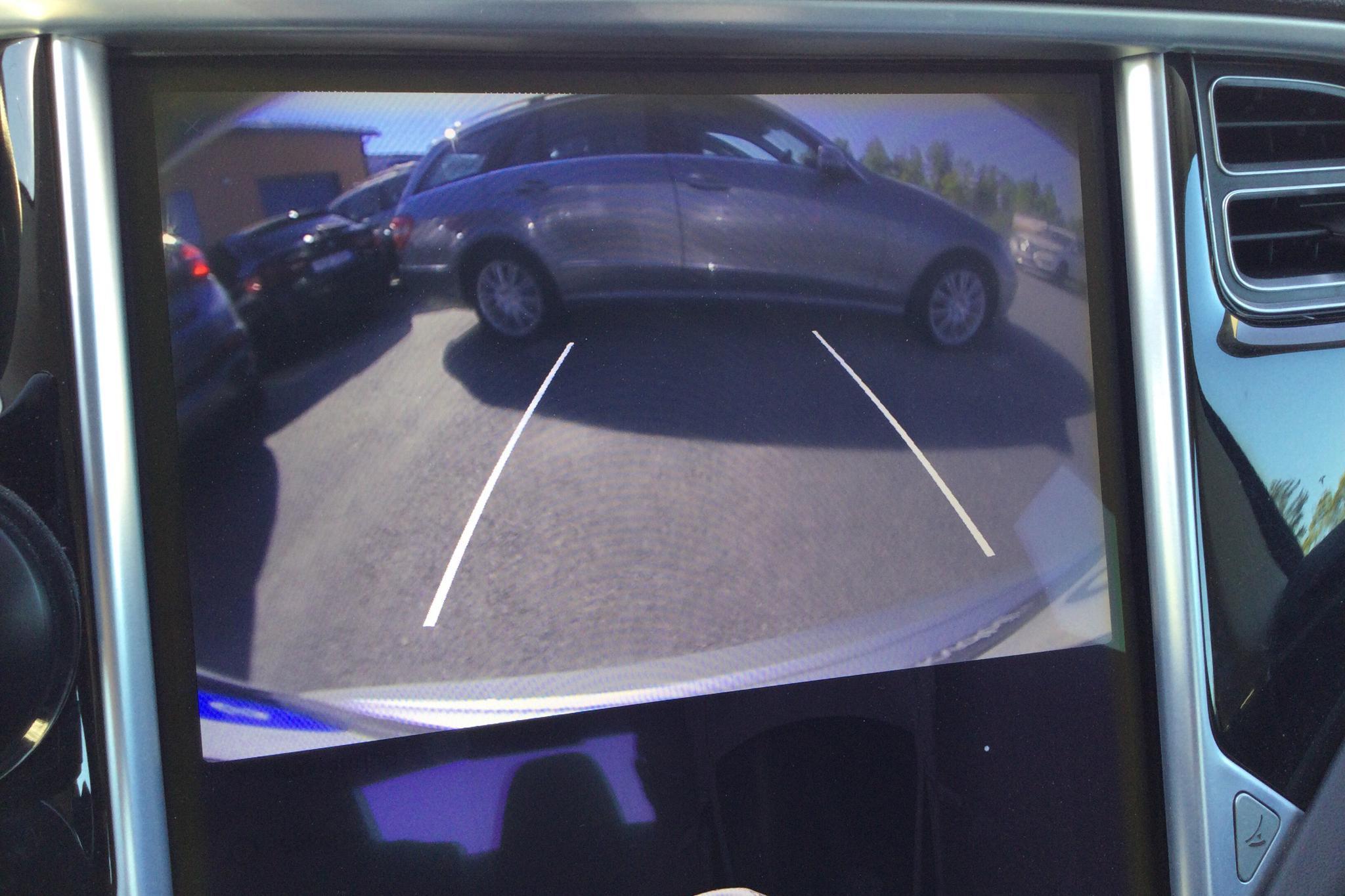 Tesla Model S 85D - 273 250 km - Automatic - gray - 2015