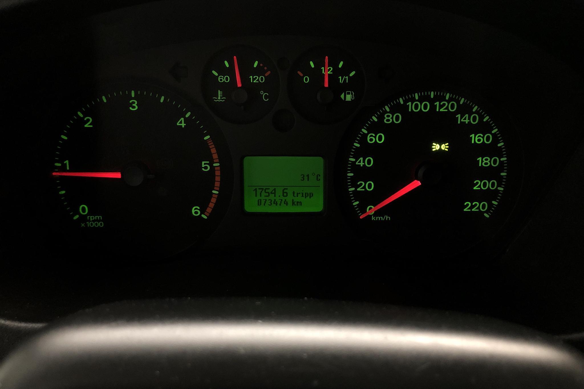 Ford Transit 350 2.2 TDCi Pickup (125hk) - 73 460 km - Manual - white - 2013