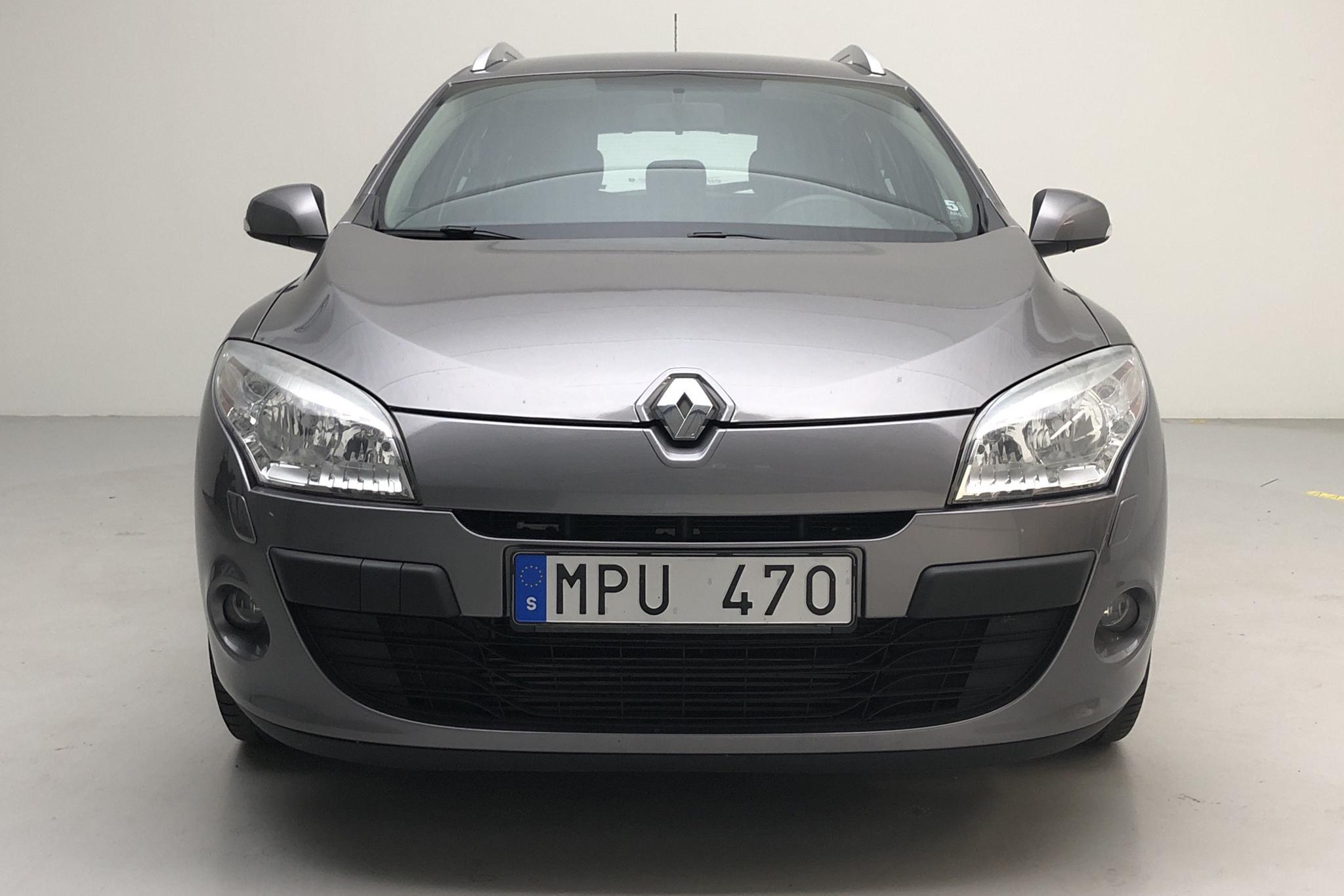 Renault Mégane Phas III 1.5 dCi Sports Tourer (110hk) - 7 477 mil - Manuell - grå - 2011