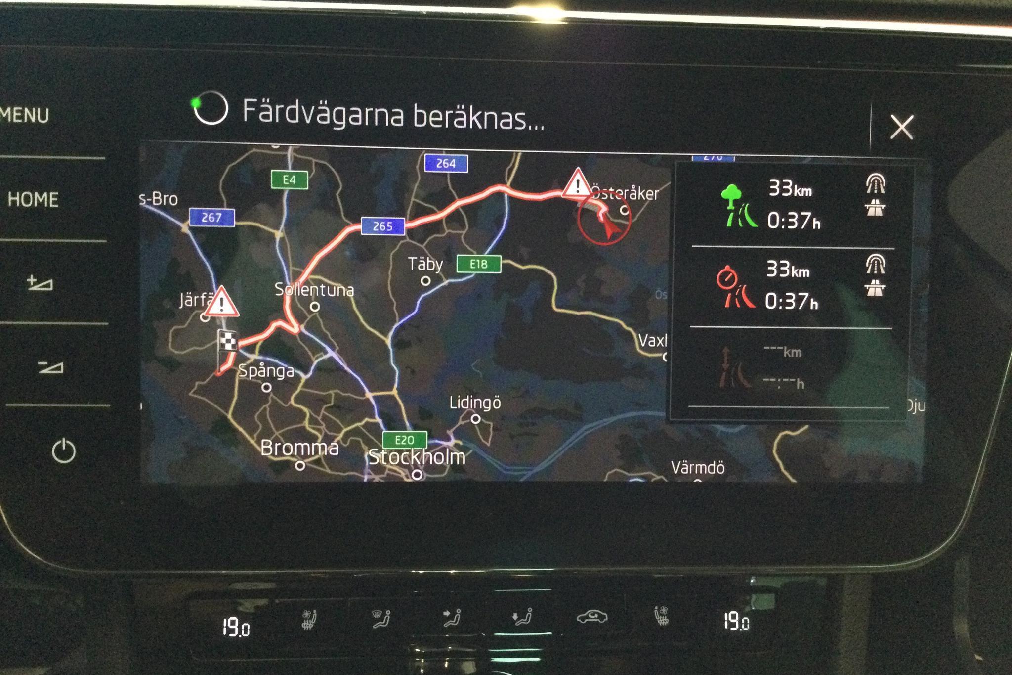 Skoda Superb 2.0 TDI 4x4 Kombi (190hk) - 62 460 km - Automatic - white - 2019