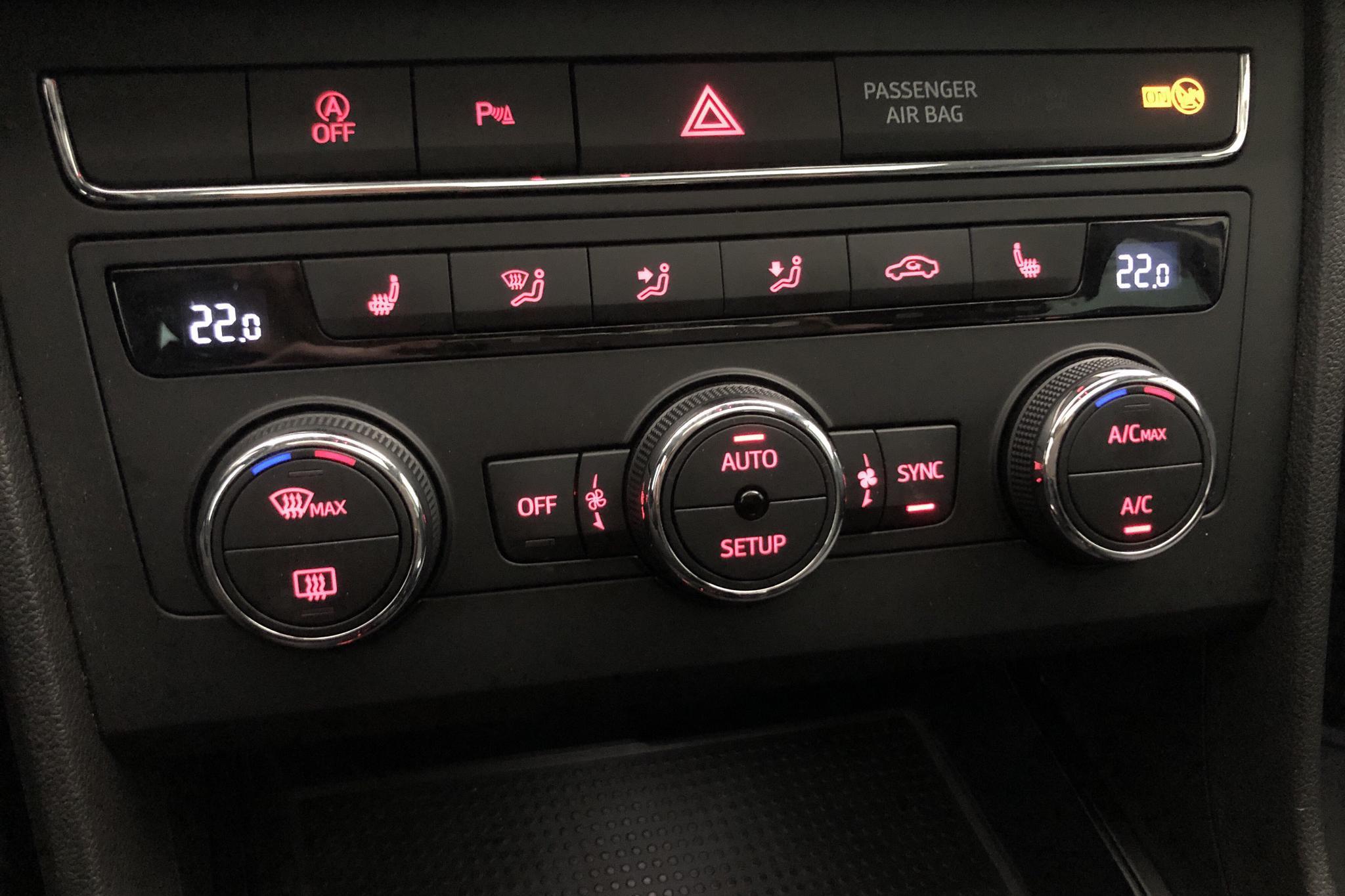Seat Leon 1.0 TSI ST (115hk) - 2 374 mil - Automat - blå - 2019