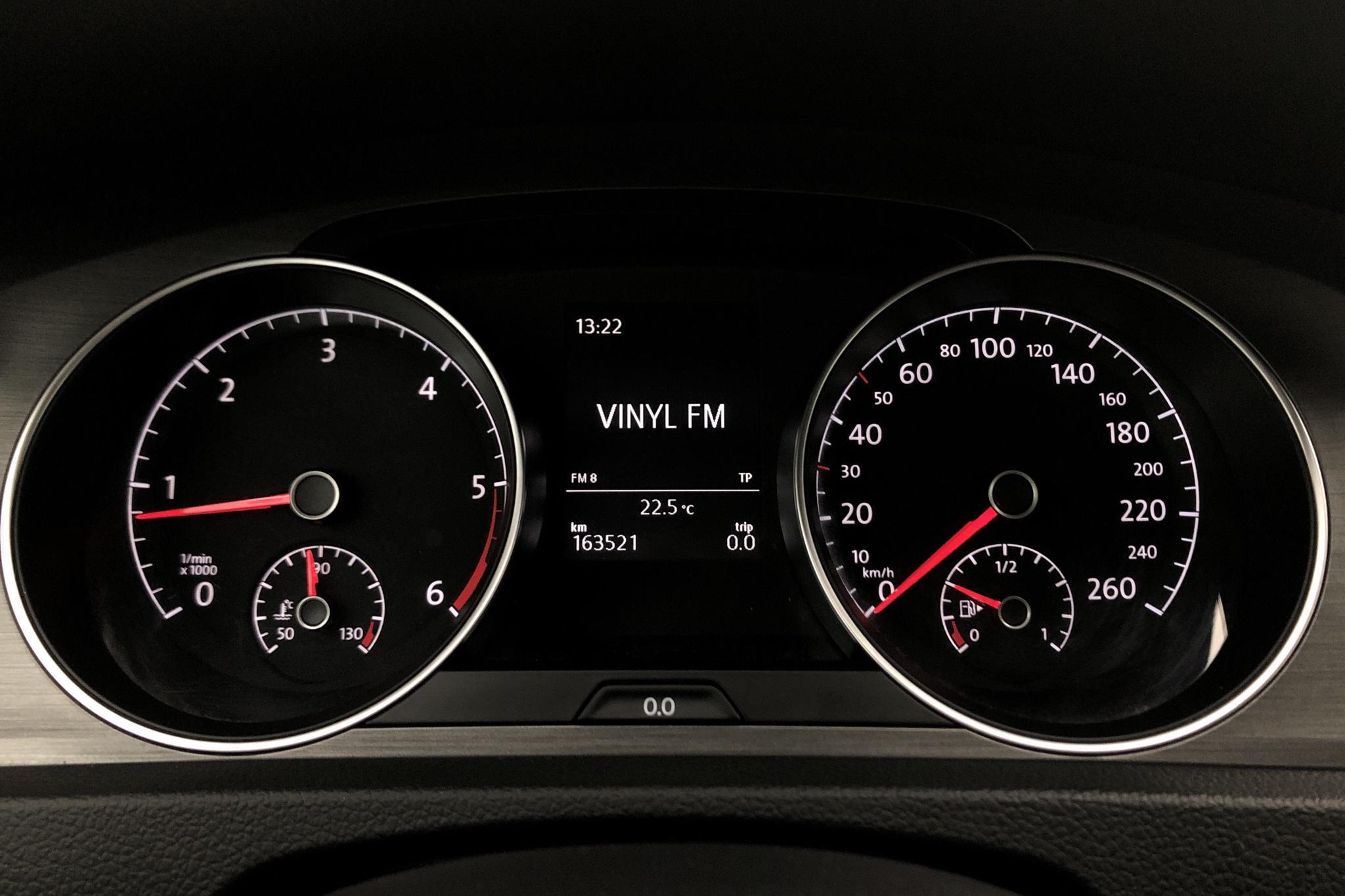 VW Golf VII 1.6 TDI BlueMotion Technology 5dr (105hk) - 163 510 km - Manual - red - 2013