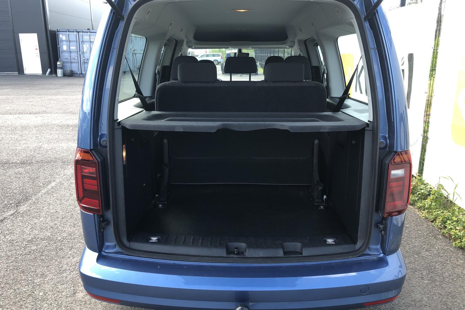 VW Caddy MPV Maxi 2.0 TDI (150hk) - 7 073 mil - Manuell - Light Blue - 2017