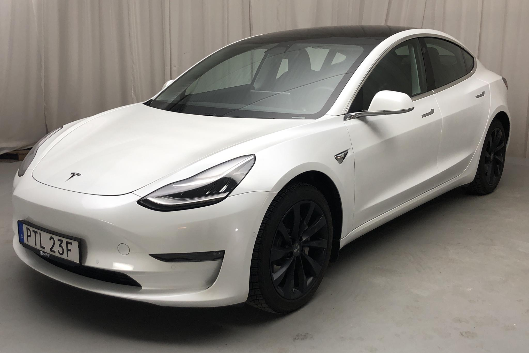 Tesla Model 3 Long Range AWD - 10 300 km - Automatic - white - 2020