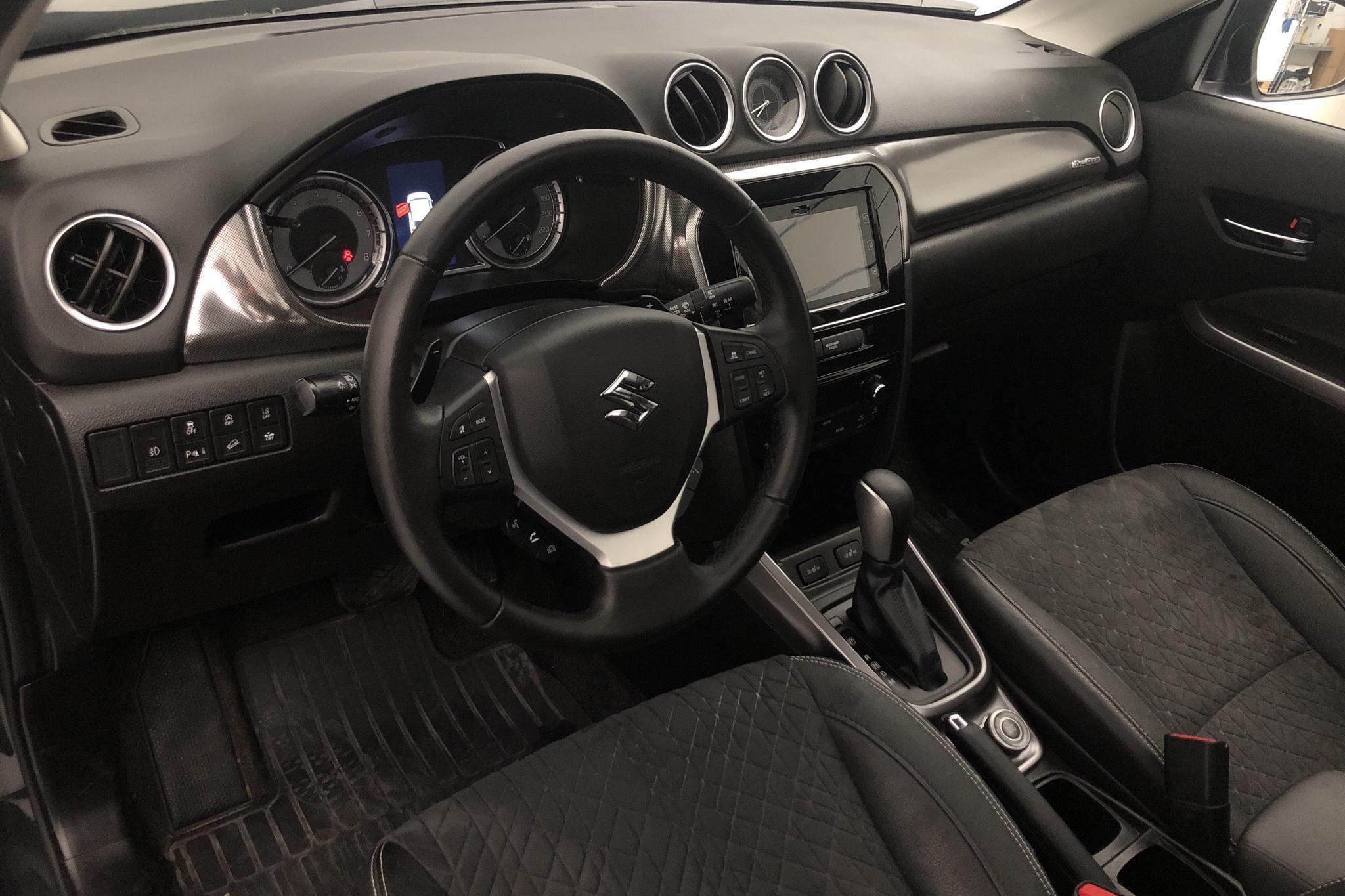 Suzuki Vitara 1.4T Boosterjet Allgrip 4x4 (140hk) - 2 329 mil - Automat - svart - 2019