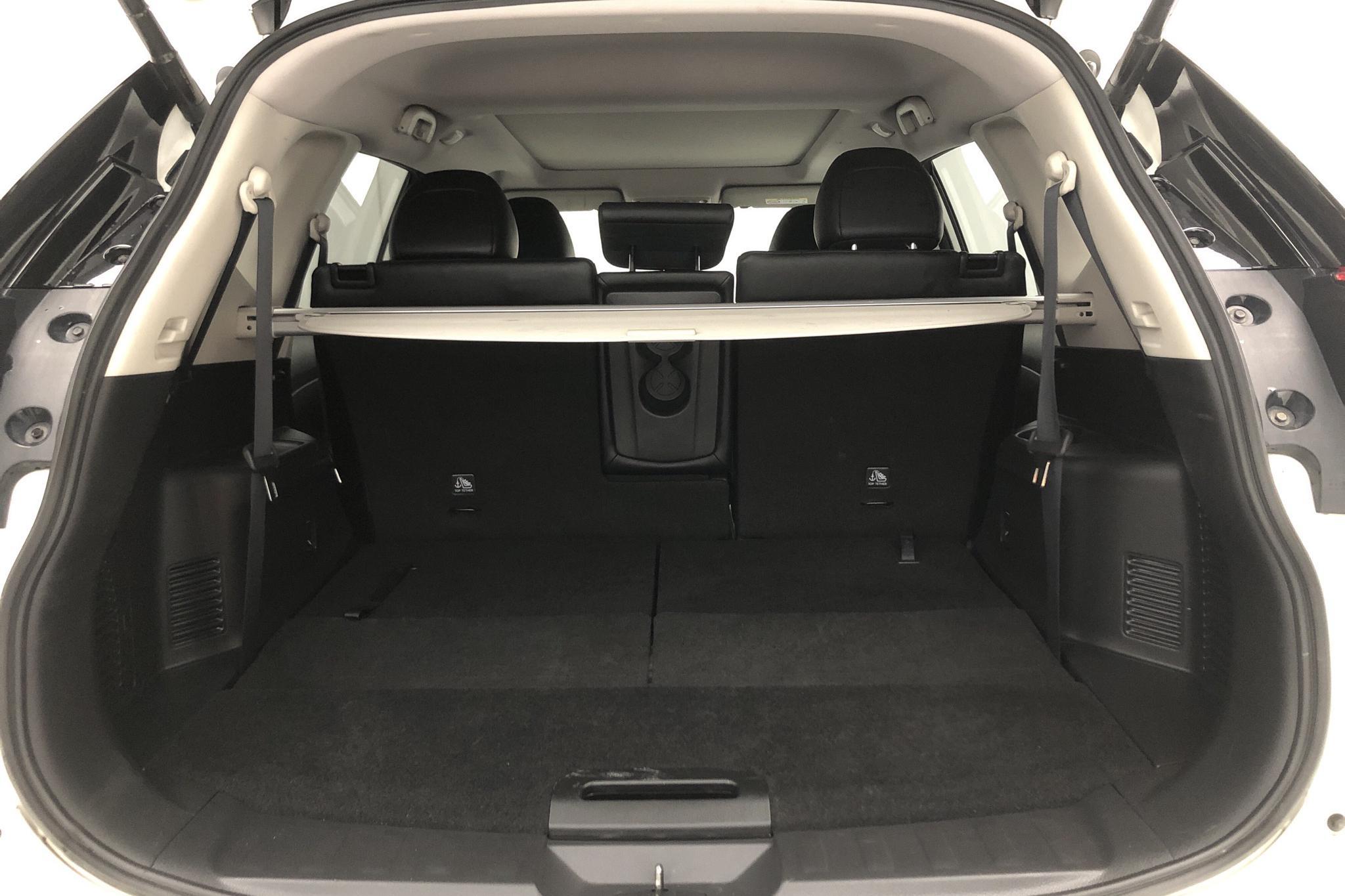 Nissan X-trail 1.6 dCi 2WD (130hk) - 50 410 km - Automatic - white - 2017