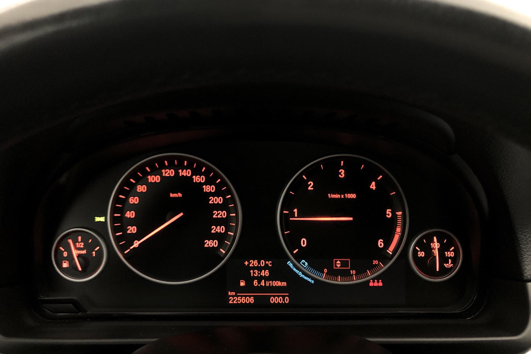 BMW 520d Touring, F11 (184hk) - 225 600 km - Manual - gray - 2012
