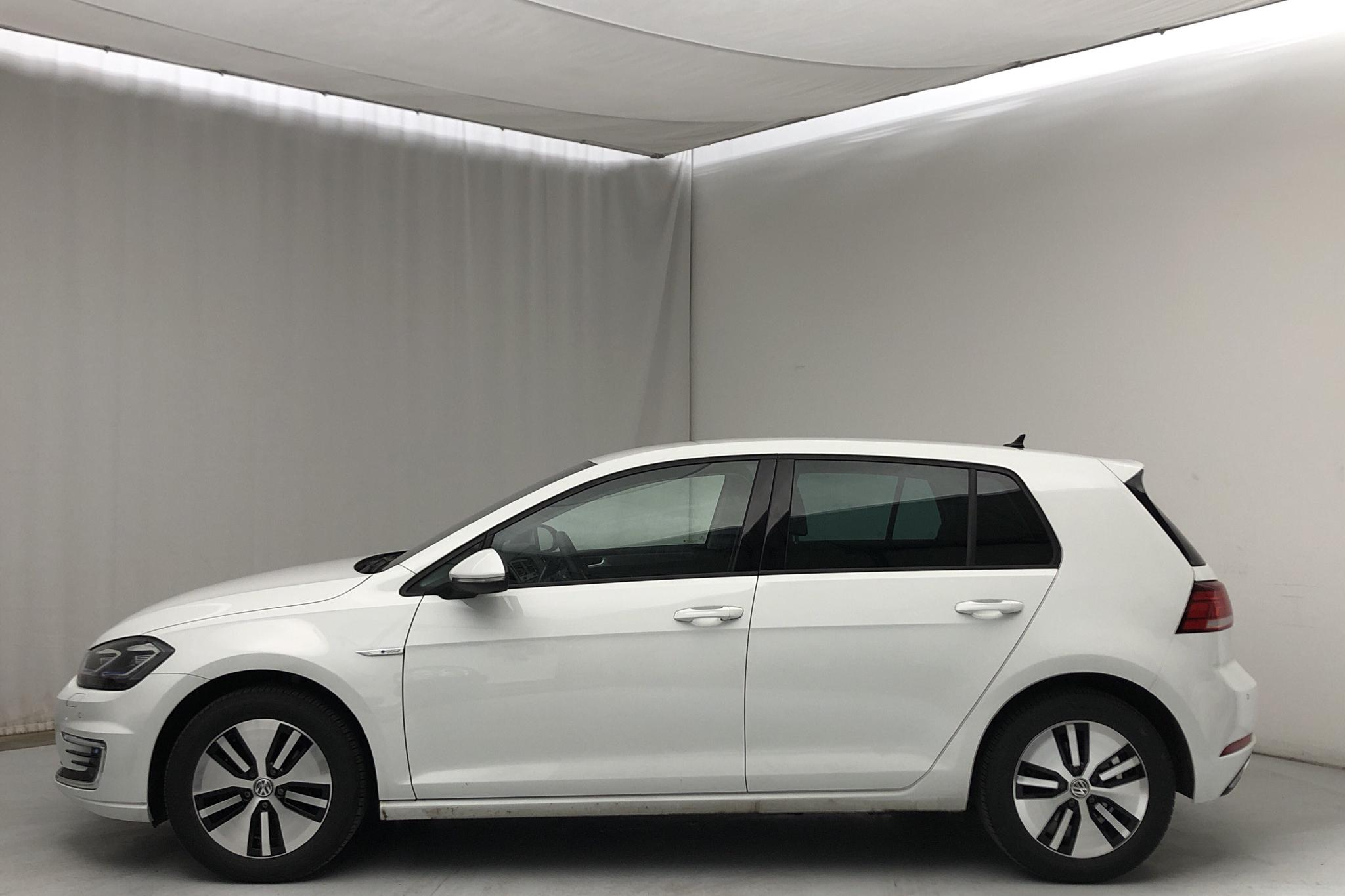 VW e-Golf VII 5dr (136hk) - 11 420 km - Automatic - white - 2019
