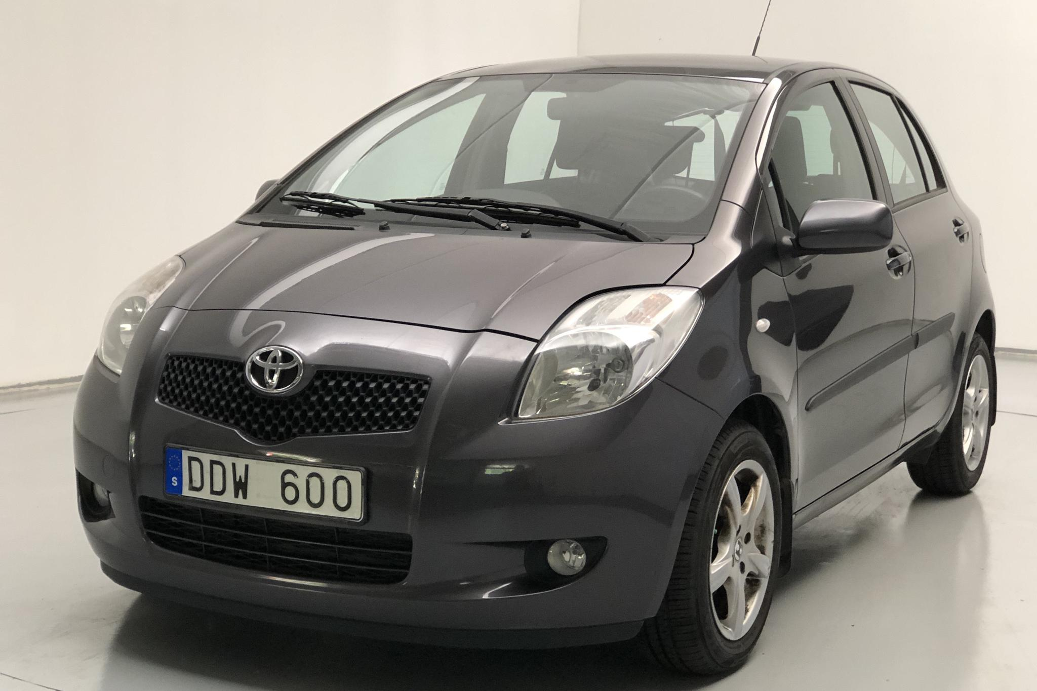 Toyota Yaris 1.3 5dr (87hk)