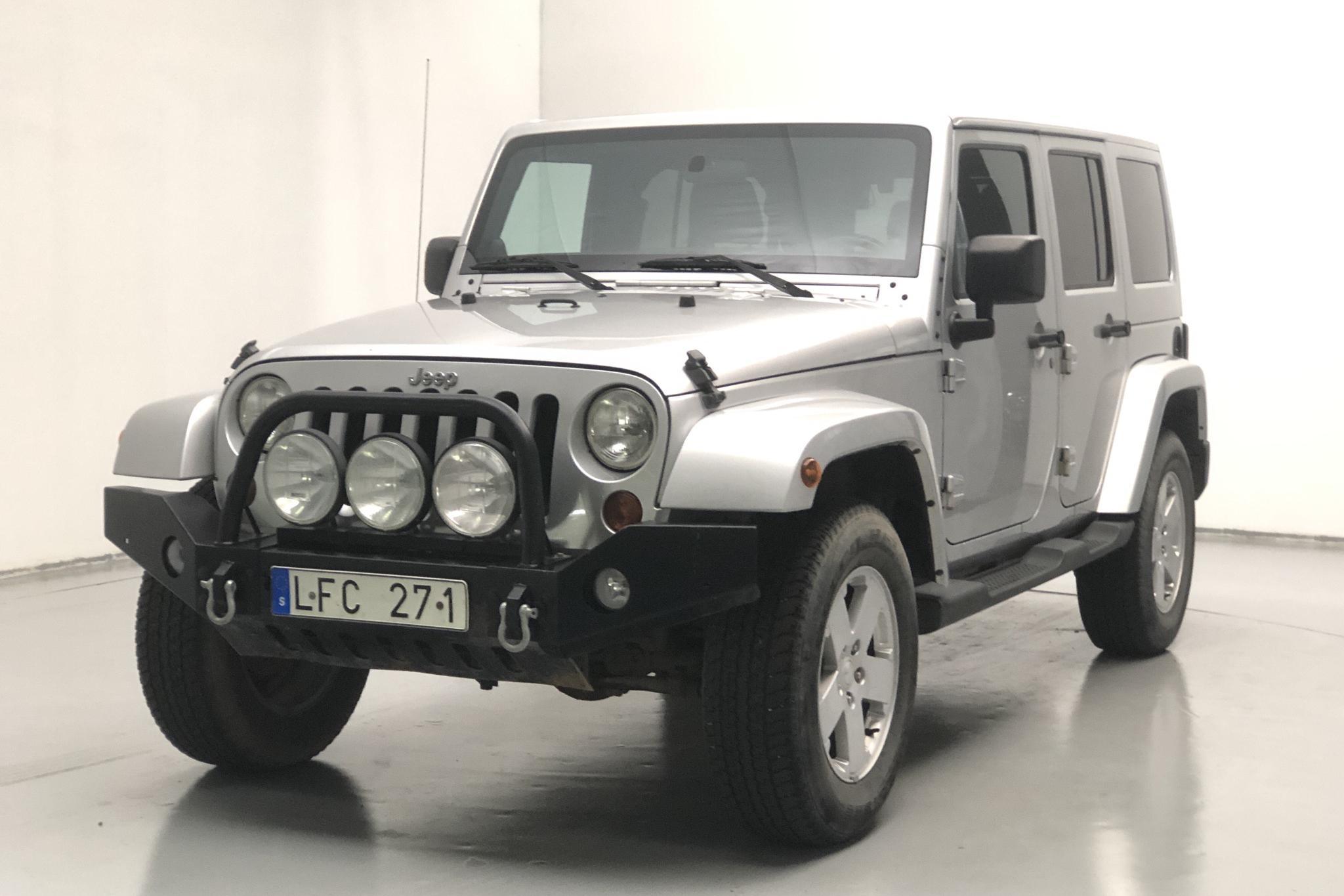 Jeep Wrangler Unlimited 3.8 (199hk)