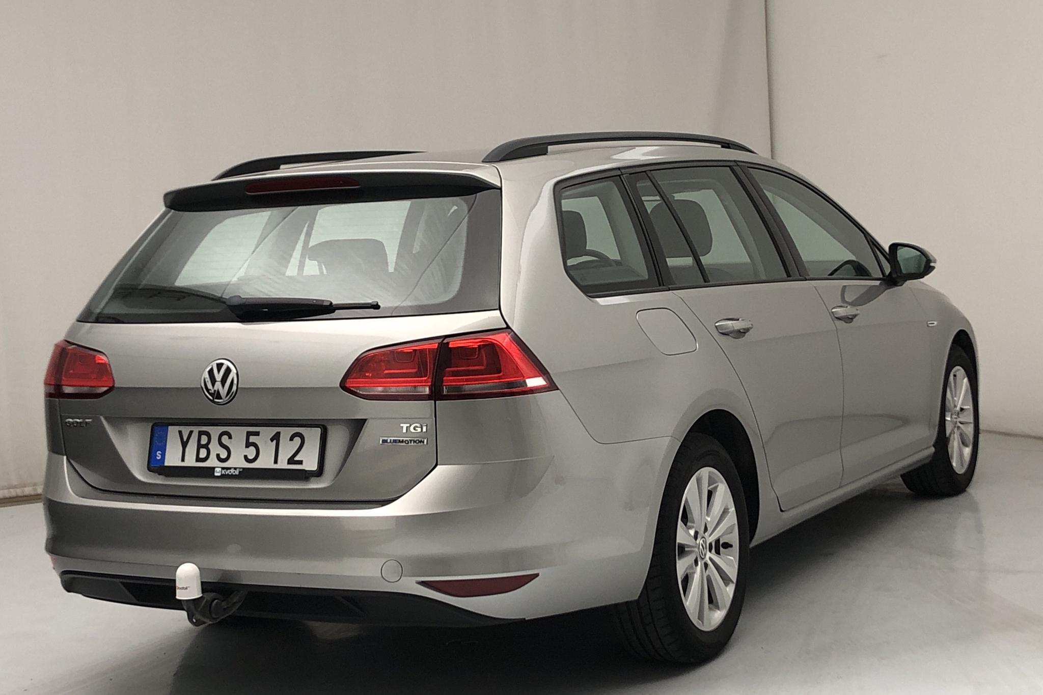VW Golf VII 1.4 TGI BlueMotion Sportscombi (110hk) - 47 320 km - Manual - silver - 2016