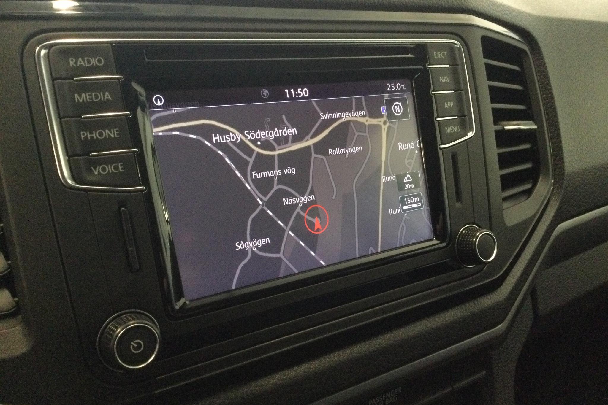 VW Amarok 3.0 TDI 4motion (204hk) - 5 824 mil - Automat - vit - 2019