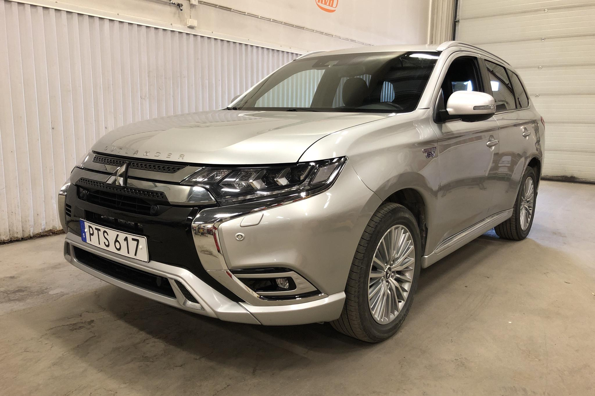Mitsubishi Outlander 2.4 Plug-in Hybrid 4WD (136hk)