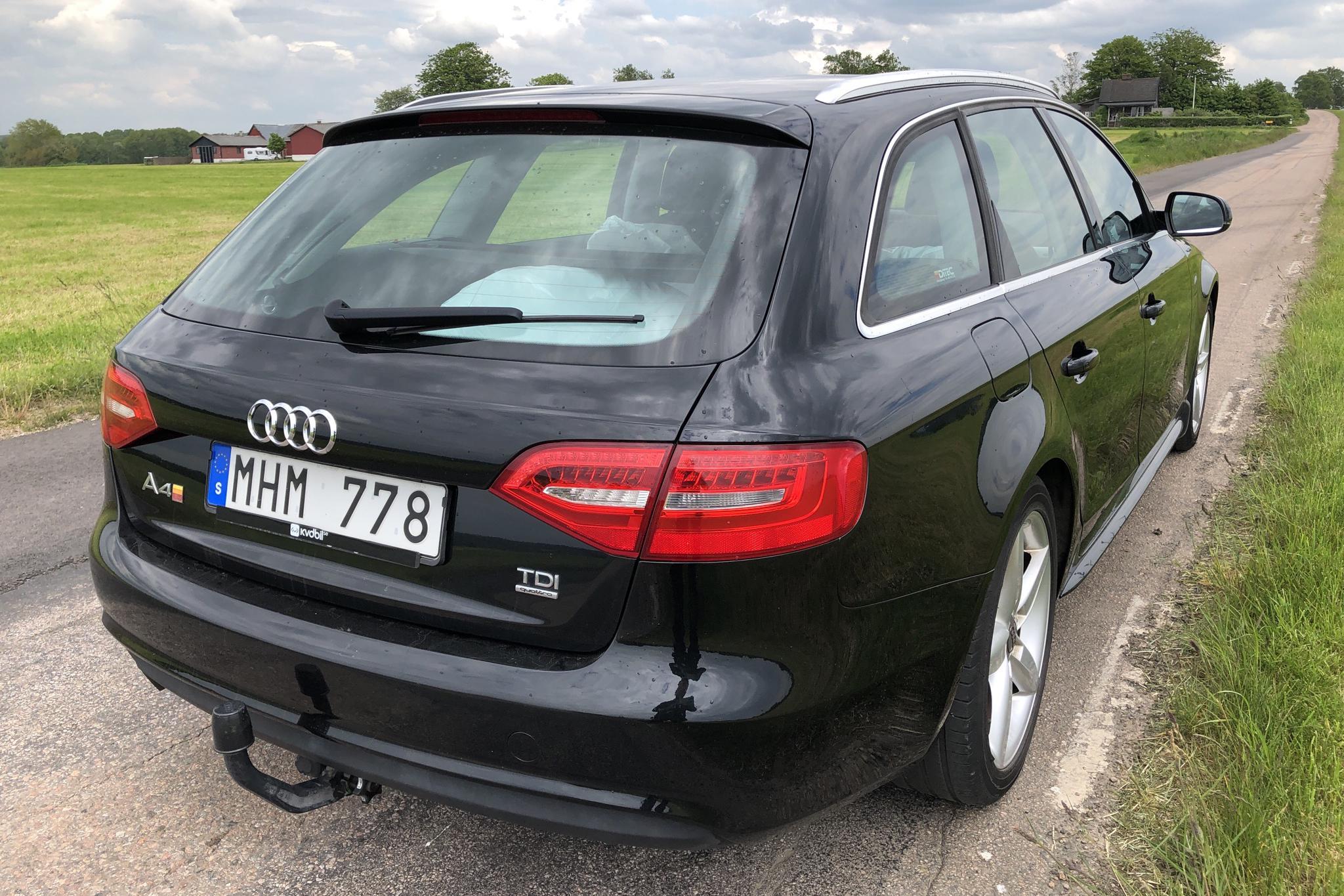 Audi A4 2.0 TDI Avant quattro (177hk) - 15 932 mil - Manuell - svart - 2013