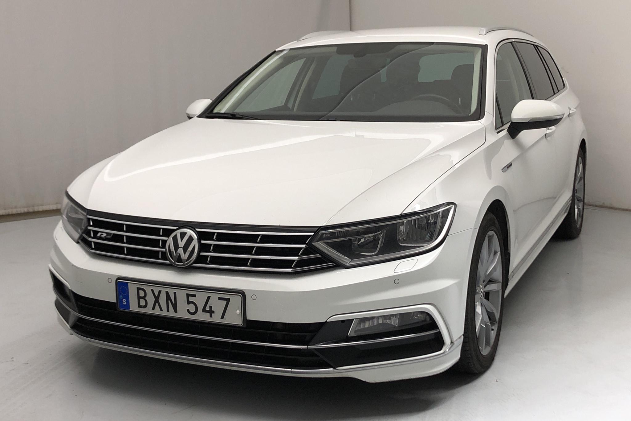 VW Passat 2.0 TDI Sportscombi 4MOTION (190hk) - 169 190 km - Automatic - white - 2017