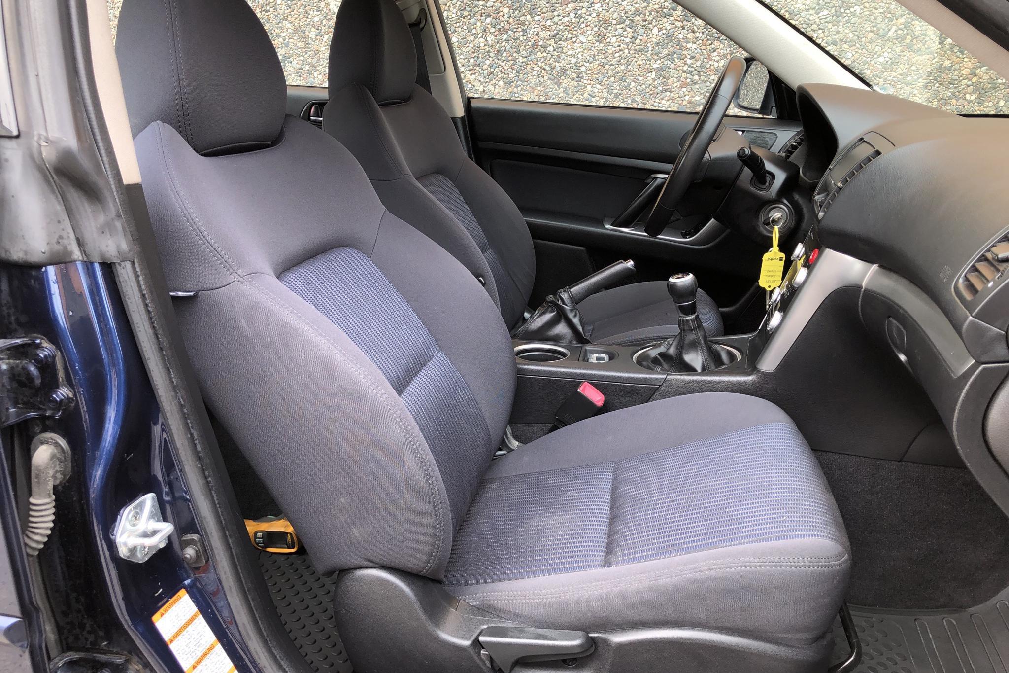 Subaru Legacy 2.0 D Sedan (150hk) - 167 170 km - Manual - Dark Blue - 2008