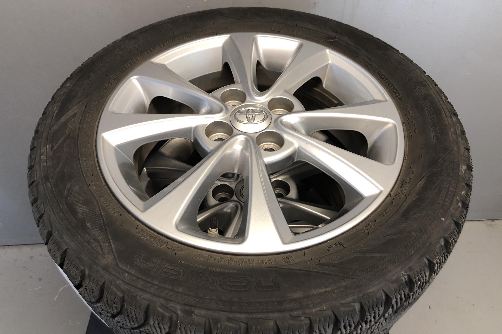 Toyota Yaris 1.5 Hybrid 5dr (101hk) - 4 302 mil - Automat - Dark Grey - 2018