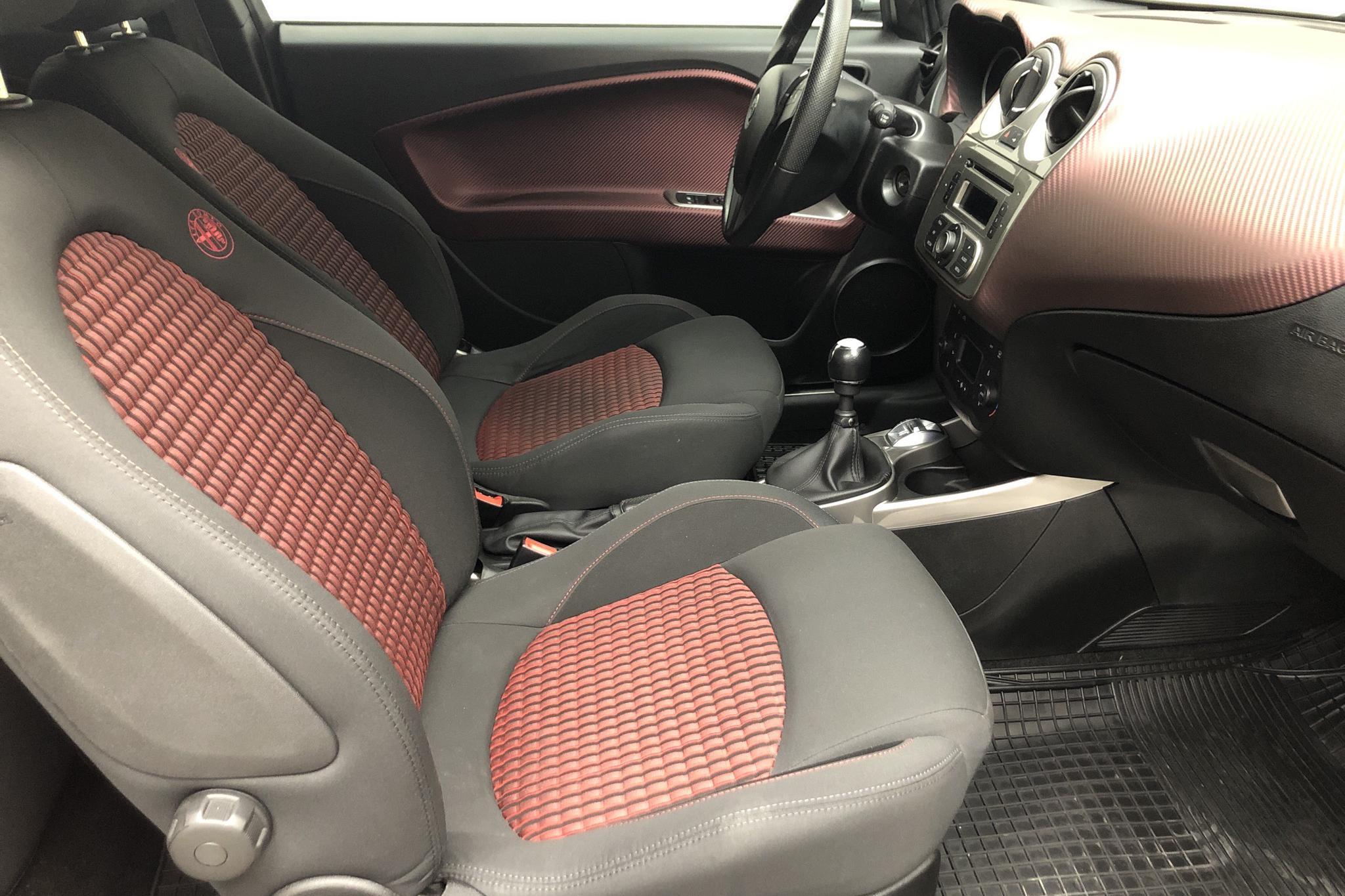 Alfa Romeo MiTo 1.4 MultiAir Turbo (170hk) - 5 673 mil - Manuell - röd - 2011