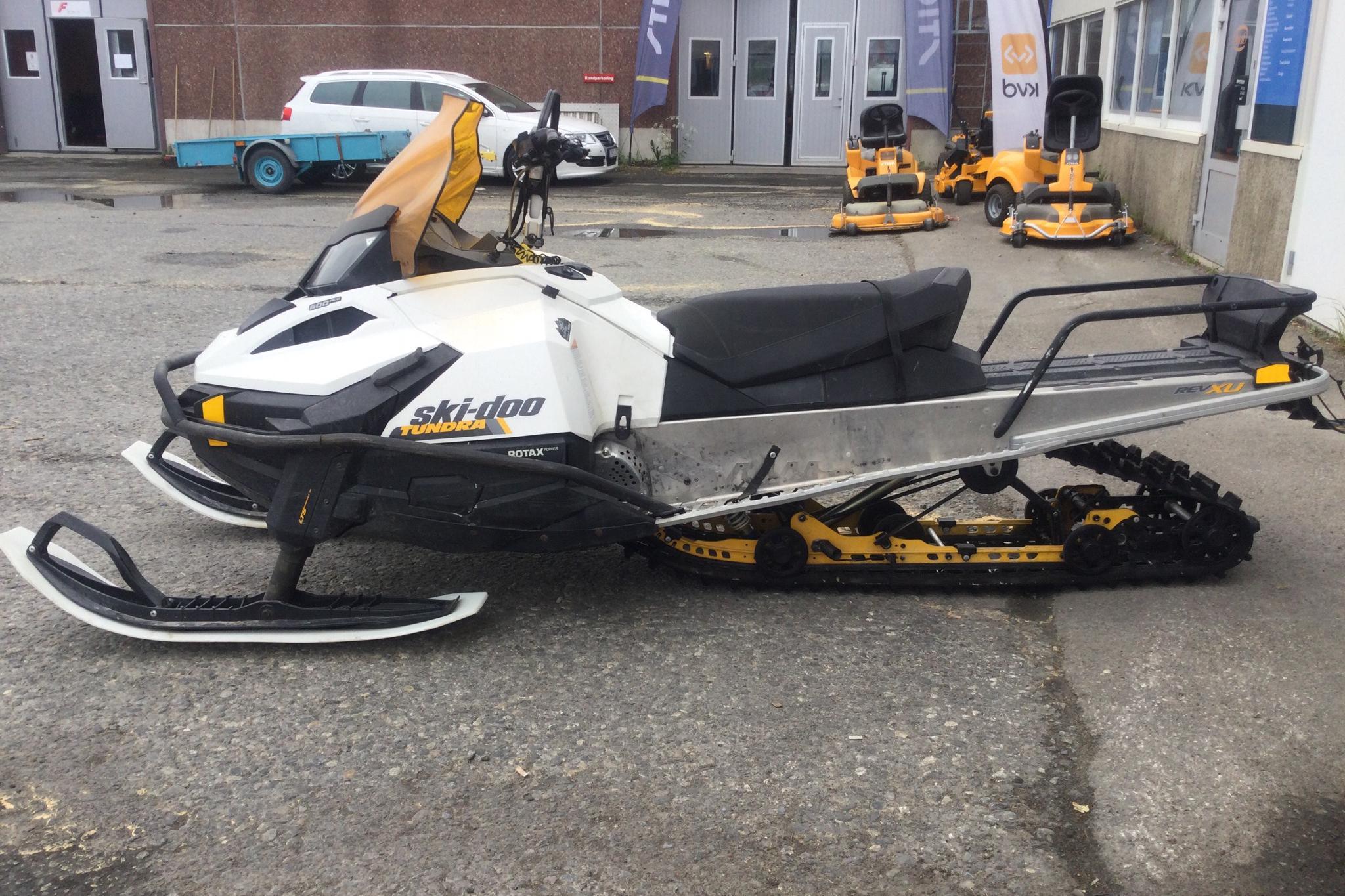 ski-doo TUNDRA LT 600 ACE Snöskoter - 8 220 km - Automatic - 2016