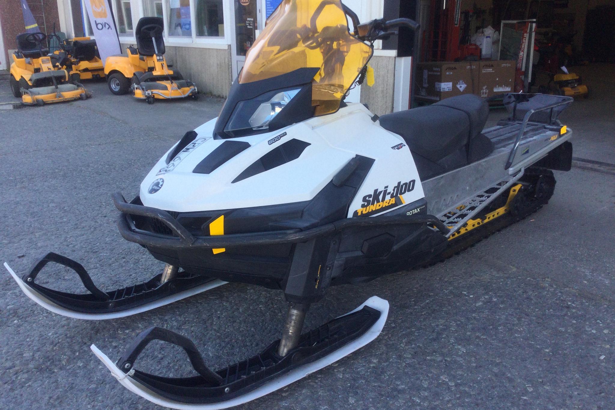 ski-doo TUNDRA LT 600 ACE Snöskoter - 988 mil - Automat - 2015