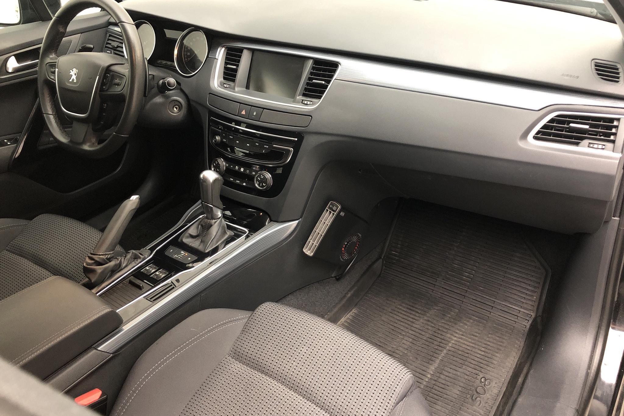 Peugeot 508 SW BlueHDi (120hk) - 10 633 mil - Automat - svart - 2016