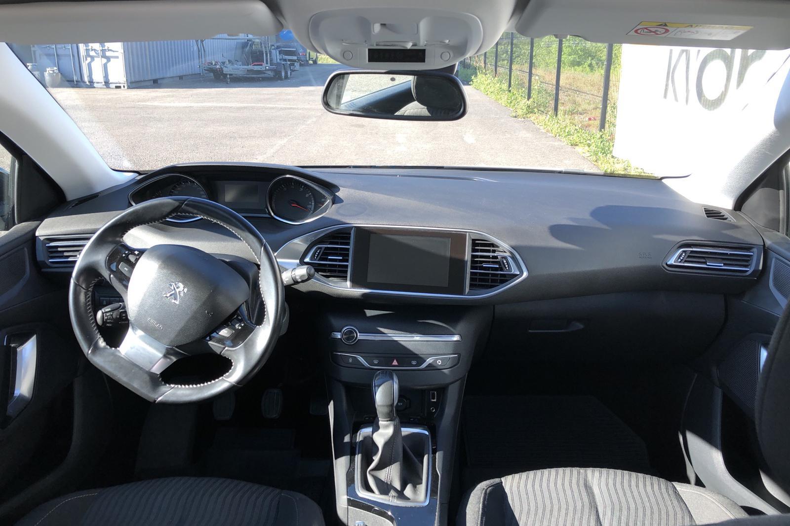 Peugeot 308 SW PureTech (110hk) - 9 781 mil - Manuell - Dark Grey - 2016