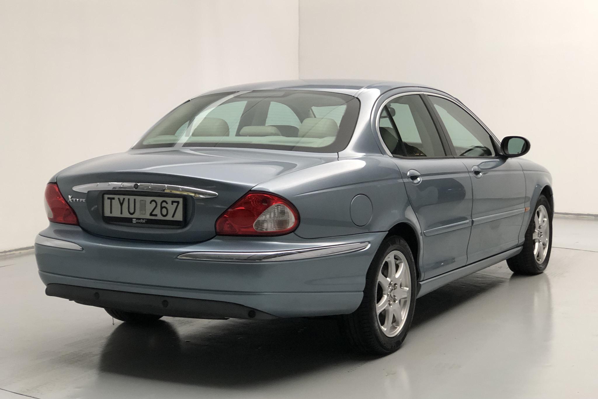 Jaguar X-type 2.0 V6 (155hk) - 17 542 mil - Manuell - blå - 2003