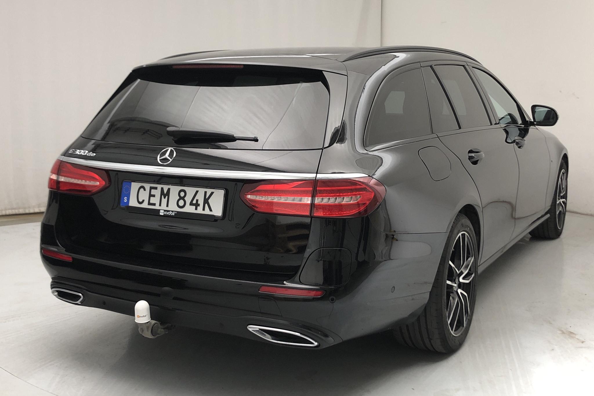 Mercedes E 300 de Kombi S213 (316hk) - 37 760 km - Automatic - black - 2020