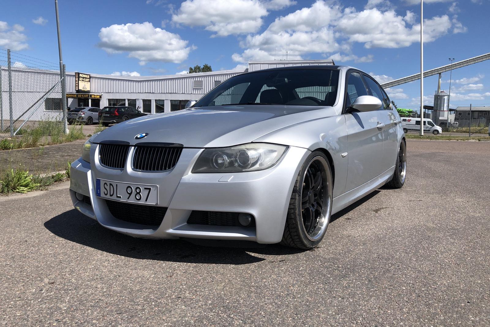 BMW 335i Sedan, E90 (306hk)