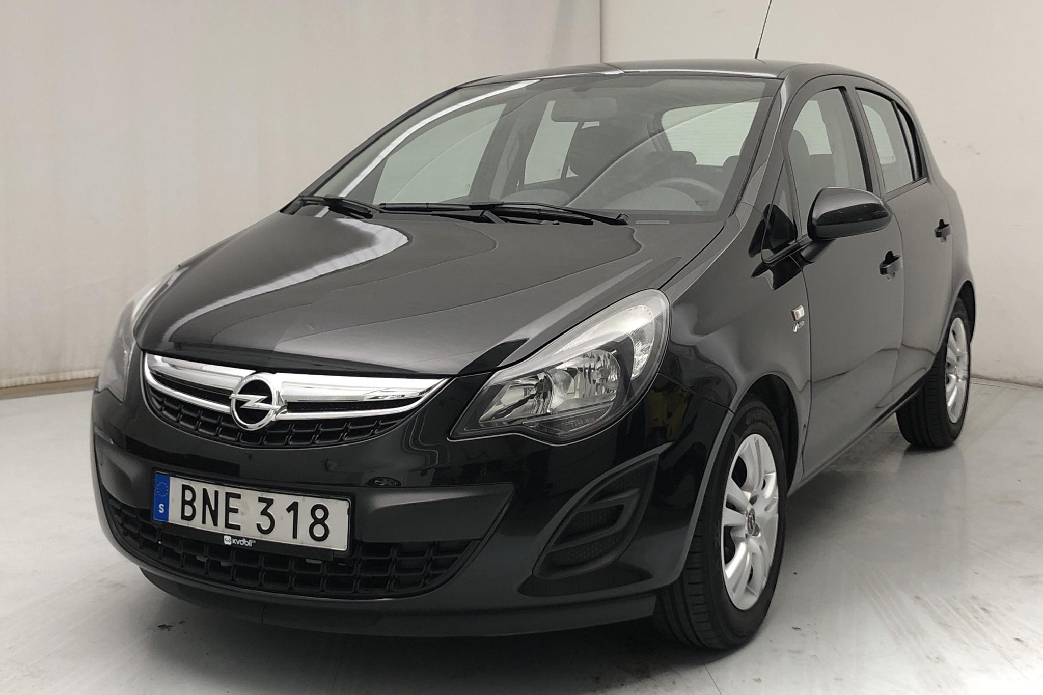 Opel Corsa 1.2 Twinport 5dr (85hk) - 3 096 mil - Manuell - svart - 2014