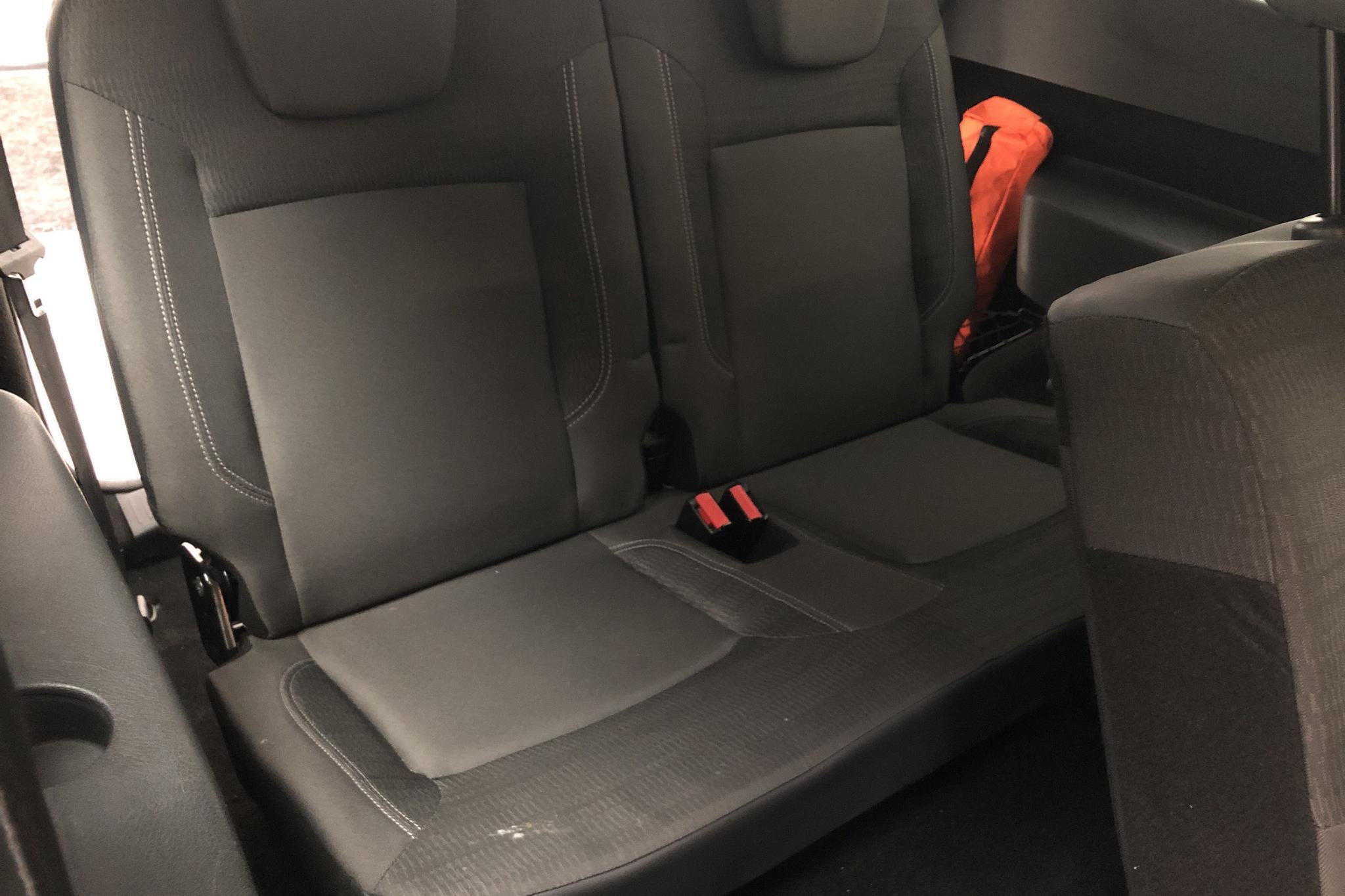 Dacia Lodgy 1.2 TCe (115hk) - 12 373 mil - Manuell - Light Brown - 2013