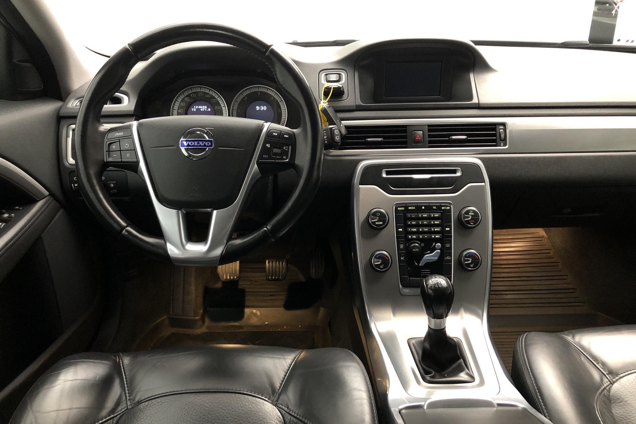 Volvo V70 II D3 (136hk) - 12 460 mil - Manuell - blå - 2013