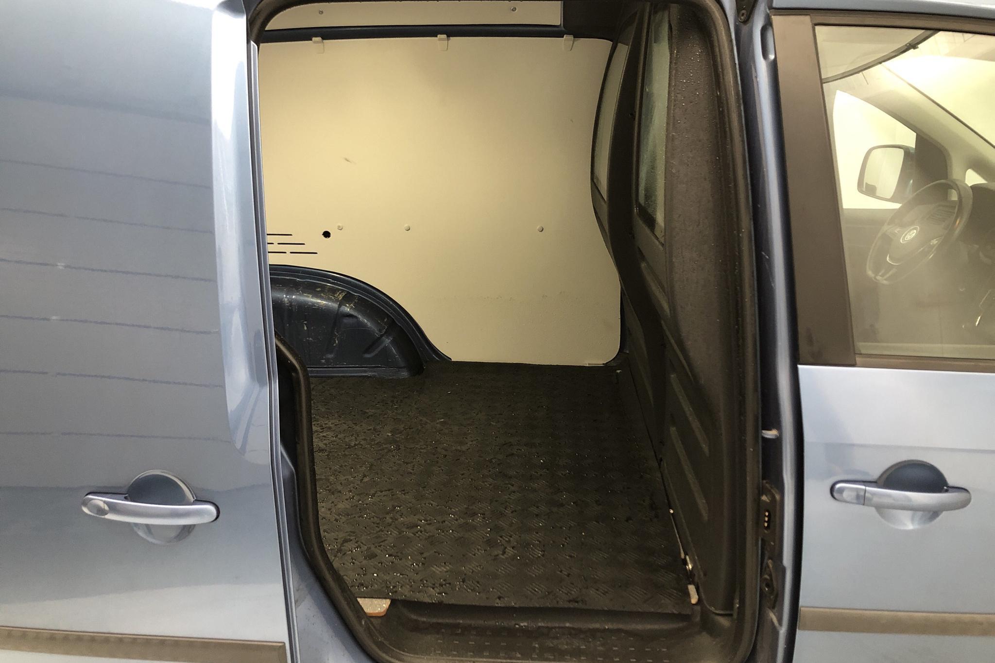 VW Caddy 2.0 TDI Skåp (150hk) - 10 921 mil - Automat - Light Blue - 2016