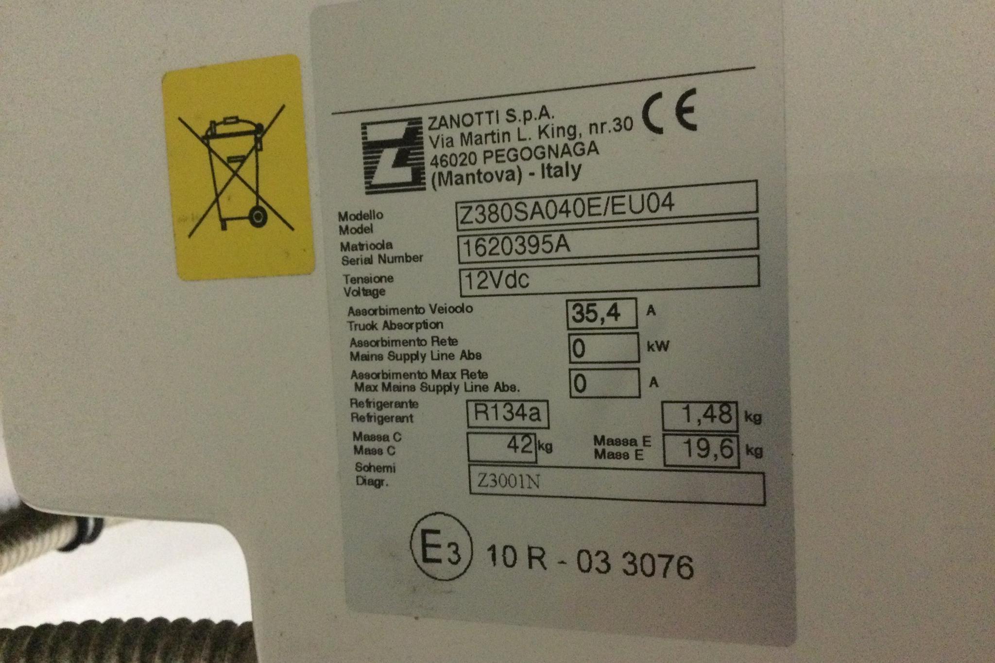 Iveco Daily 35 3.0 Kylbil (170hk) - 15 202 mil - Automat - vit - 2017