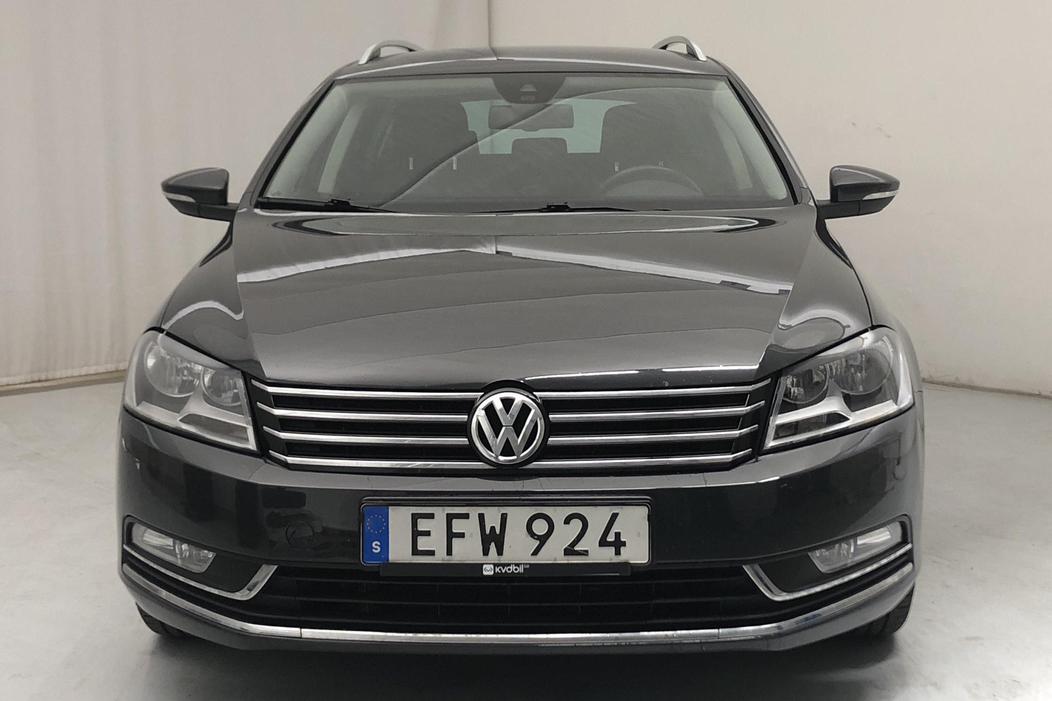 VW Passat 1.4 TSI EcoFuel Variant (150hk) - 18 686 mil - Automat - Dark Grey - 2014