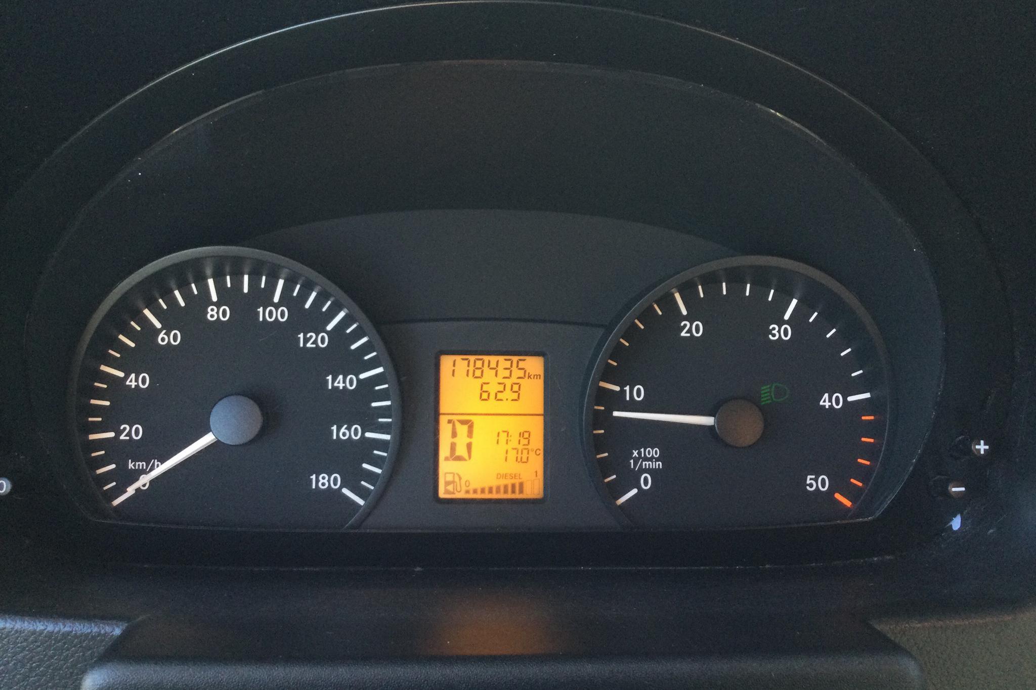 Mercedes Sprinter 310 CDI (95hk) - 17 843 mil - Automat - vit - 2015