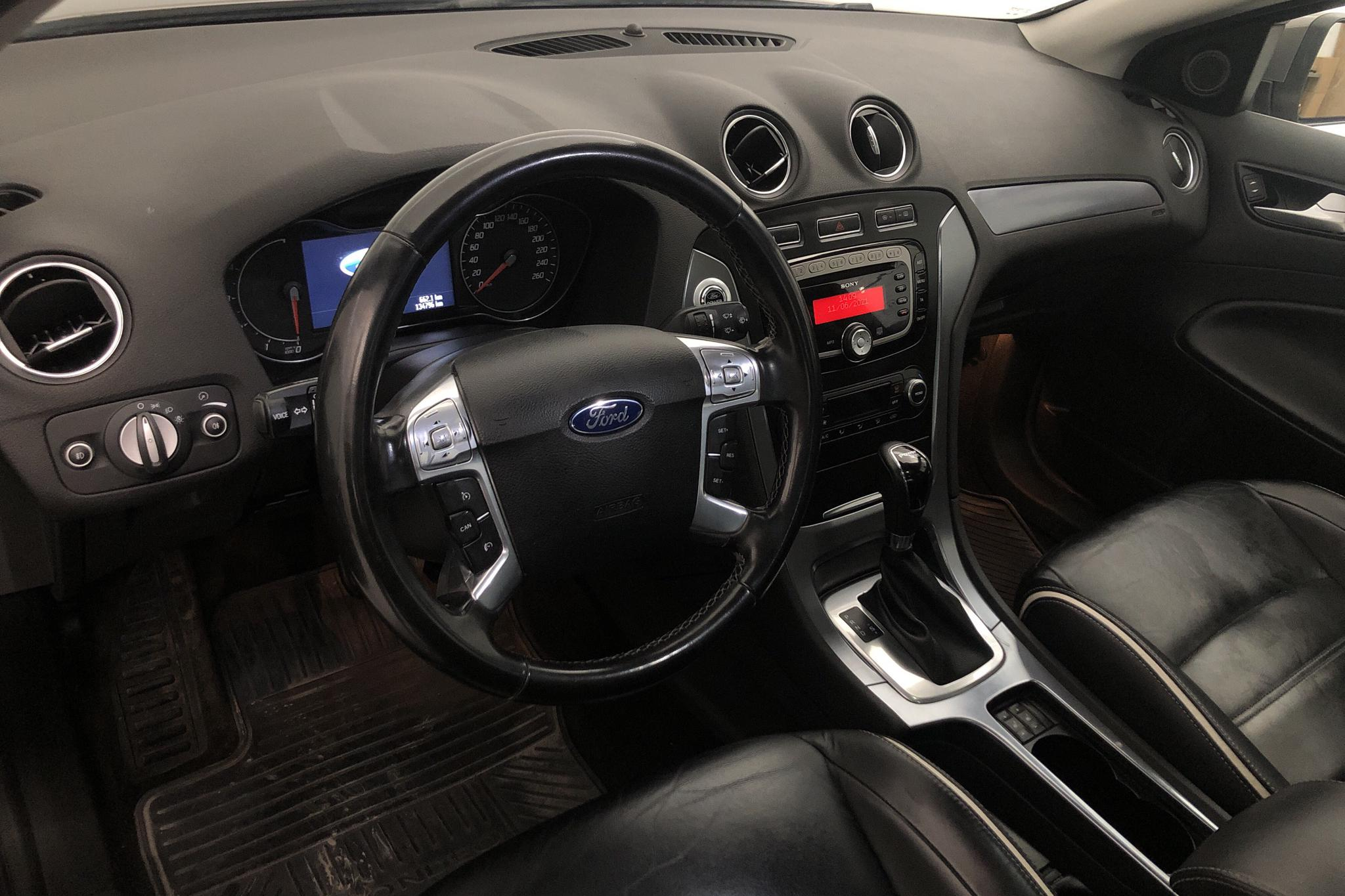 Ford Mondeo 2.0 Duratorq TDCi 5dr (140hk) - 13 479 mil - Automat - brun - 2011