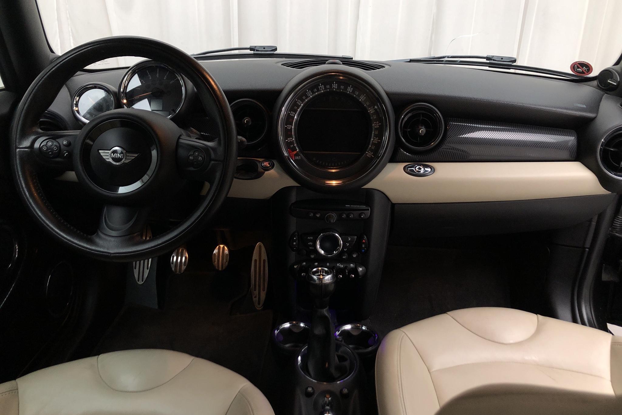 MINI Cooper S 1.6 Cabriolet (184hk) - 10 330 mil - Manuell - svart - 2015