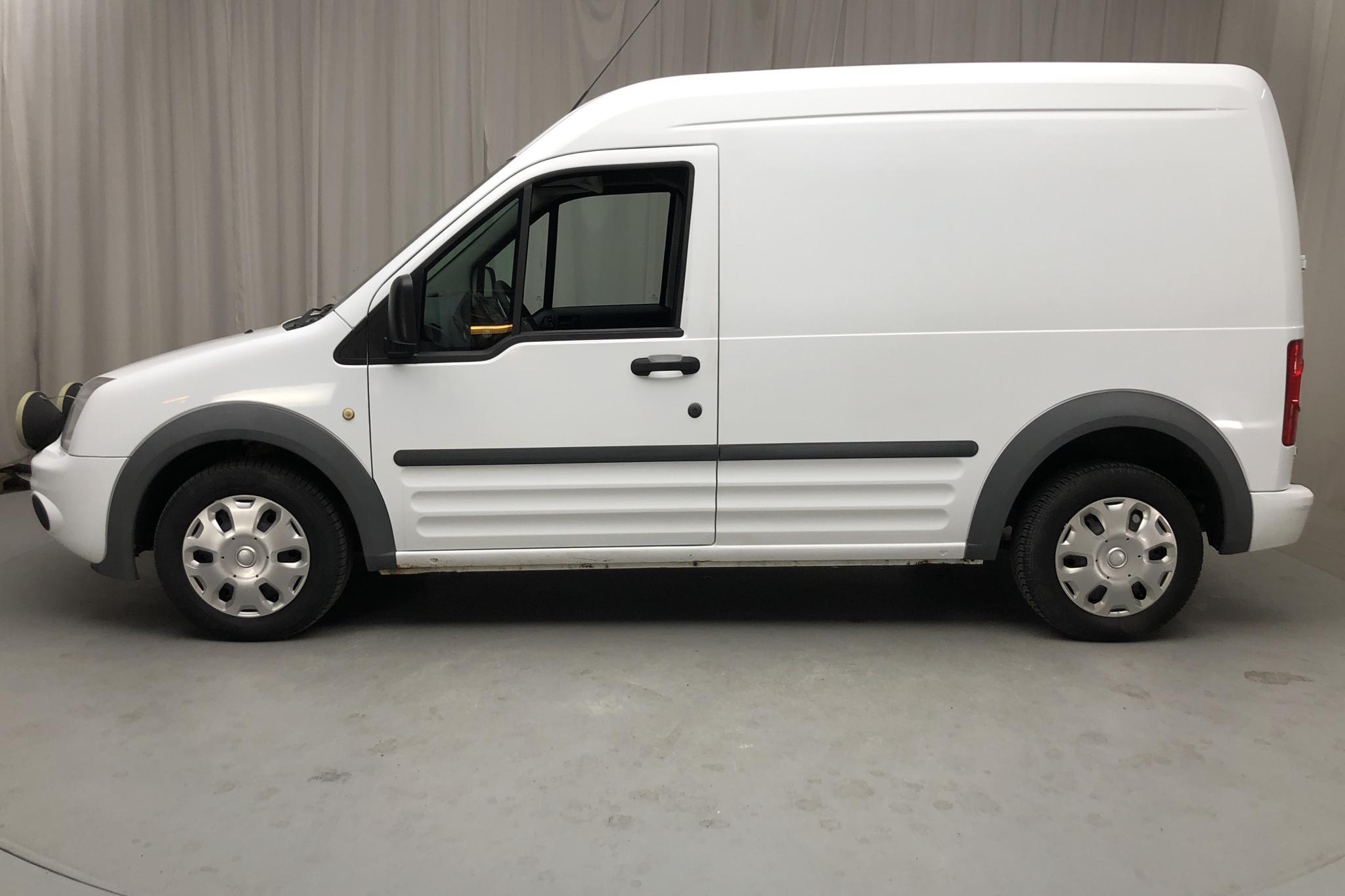 Ford Transit Connect 1.8 TDCi (110hk) - 9 325 mil - Manuell - vit - 2011