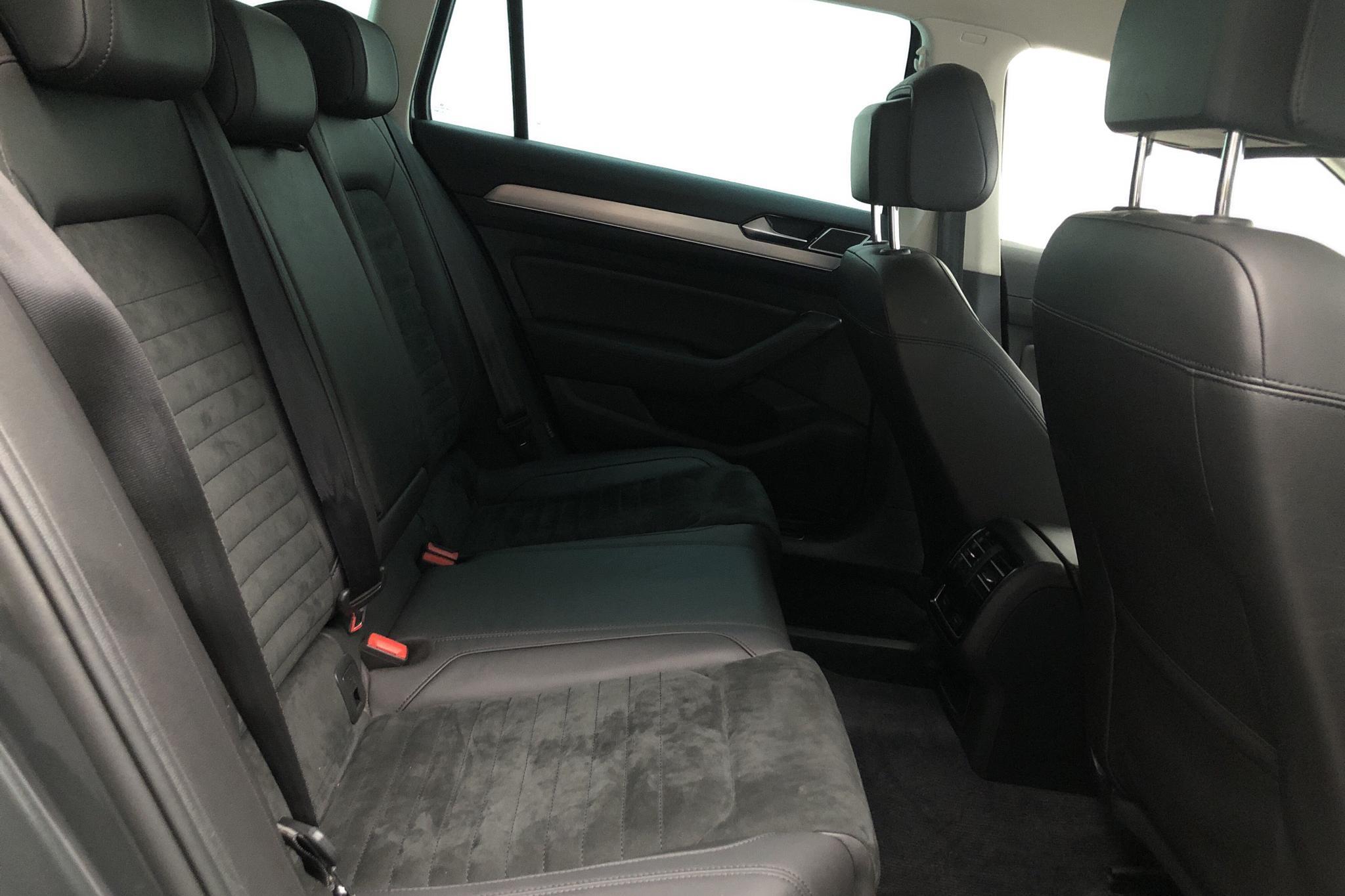 VW Passat 2.0 TDI Sportscombi 4MOTION (190hk) - 11 346 mil - Automat - Dark Grey - 2016