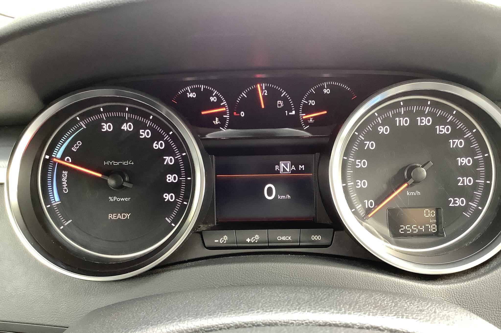 Peugeot 508 HYbrid4 RXH (163hk) - 25 548 mil - Automat - vit - 2013