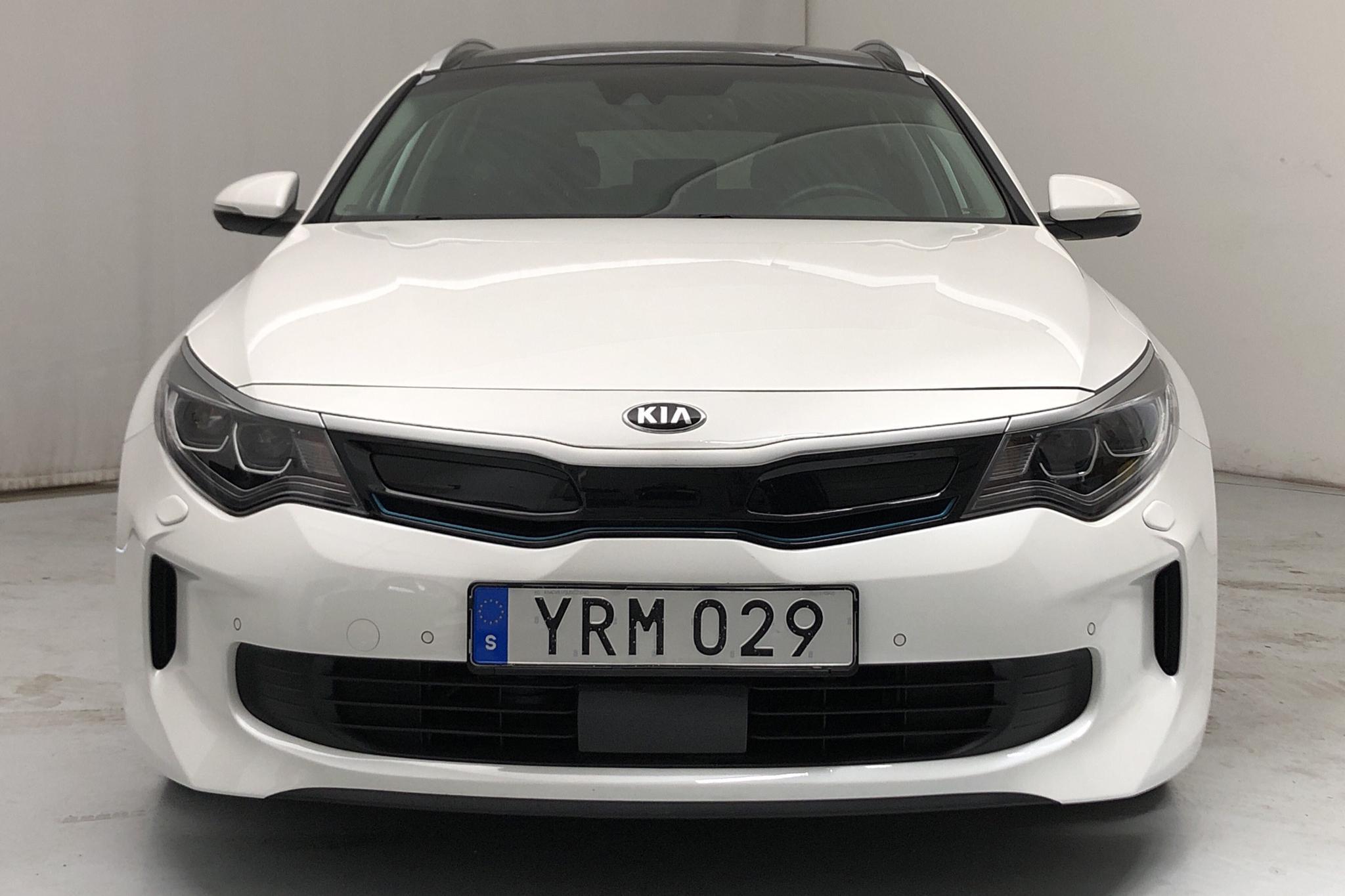 KIA Optima 2.0 GDi Plug-in Hybrid SW (205hk) - 51 880 km - Automatic - white - 2018