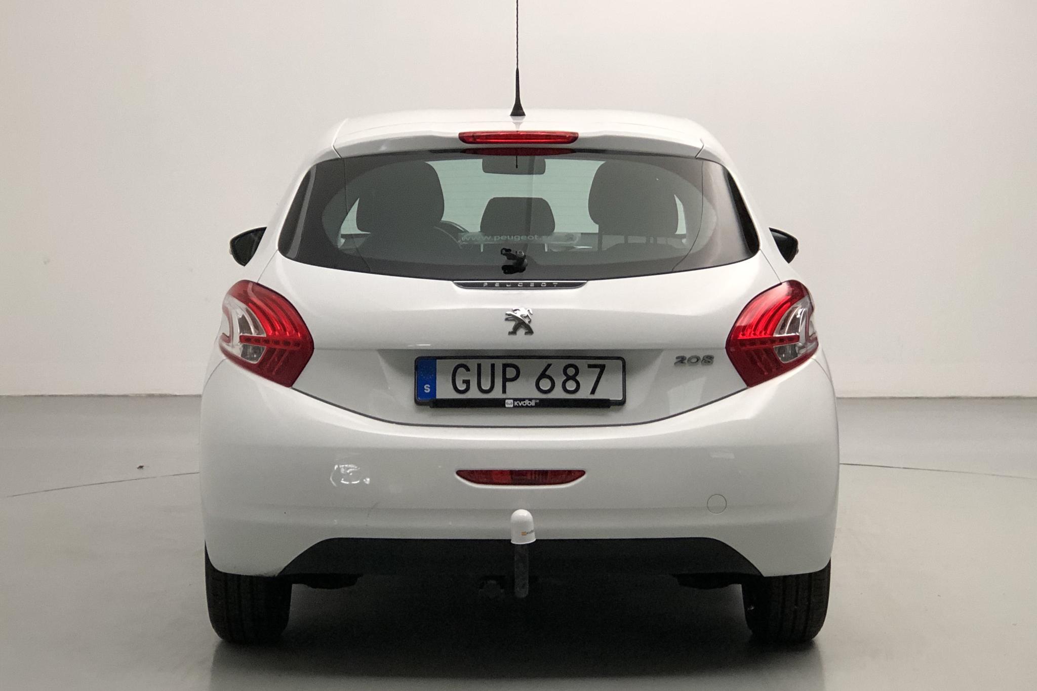 Peugeot 208 1.2 VTi 5dr (82hk) - 5 668 mil - Manuell - vit - 2015